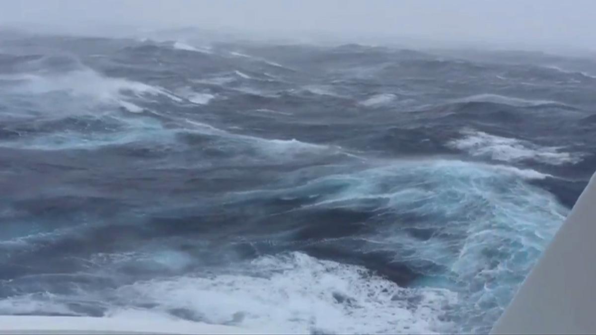 Seasick Cruise Ship Sails Through Hermine39s Stormy Seas