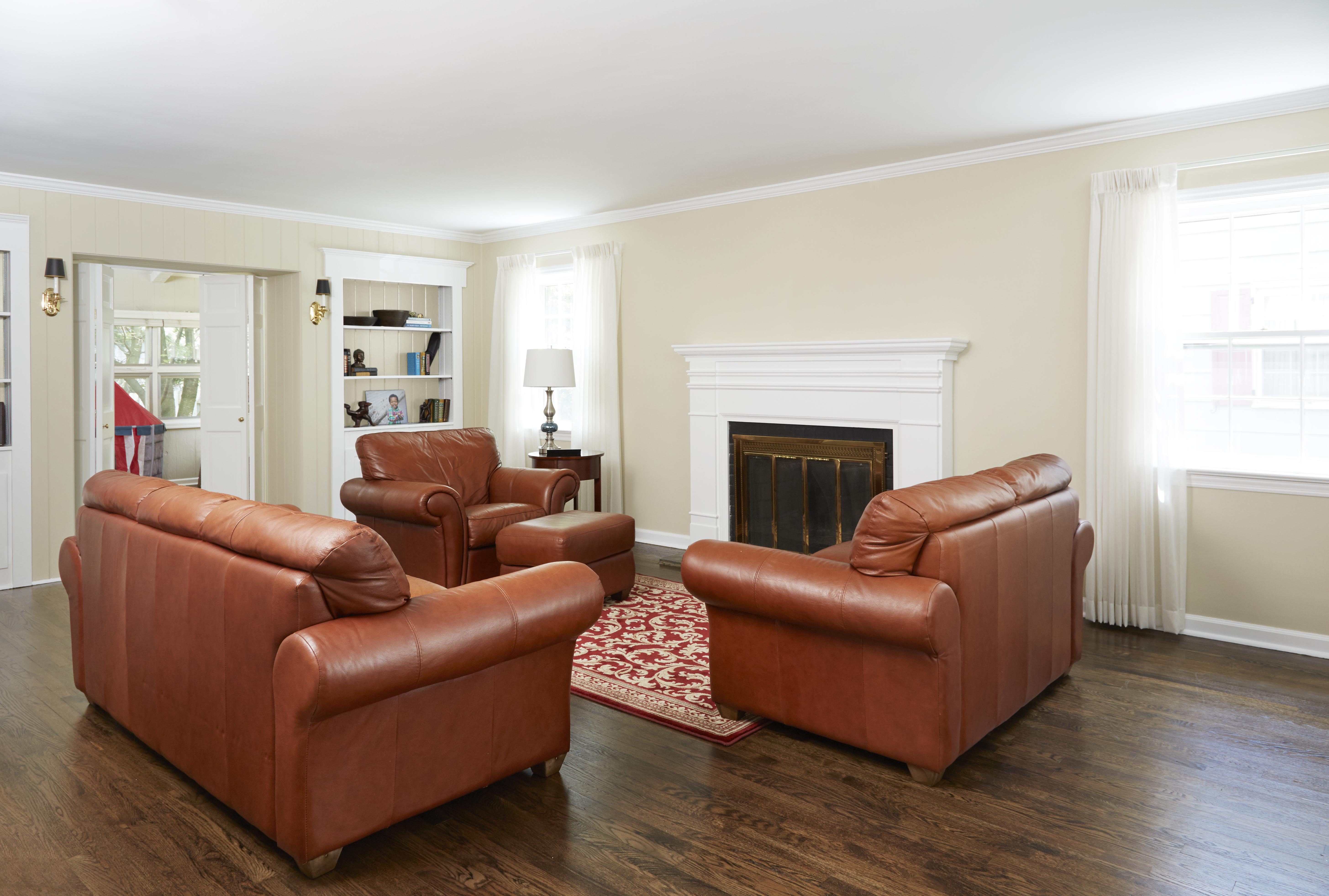 Hgtv magazine living room makeover with bold color for Living room today