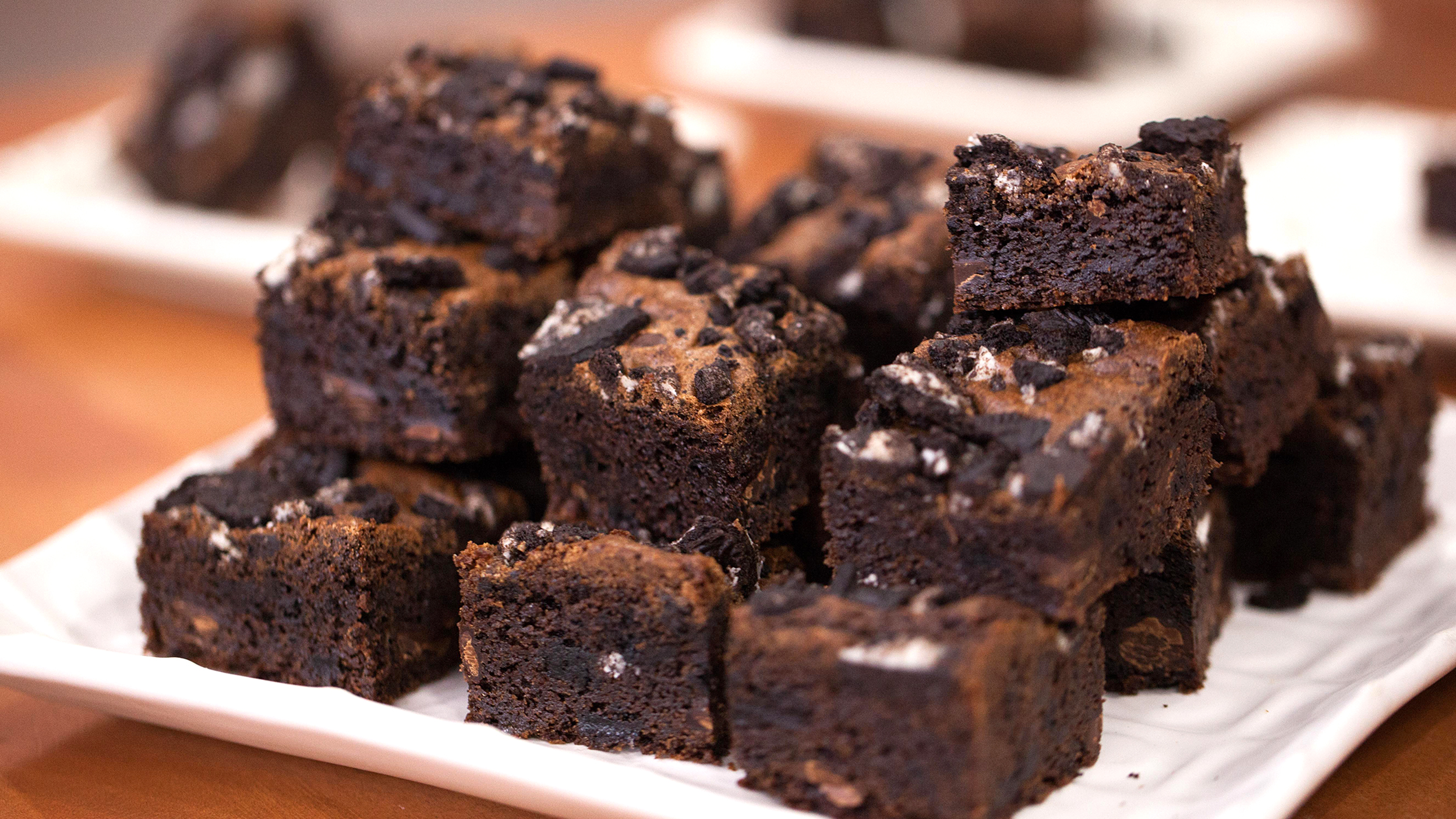 One-Bowl Chewy Oreo Brownies - TODAY.com