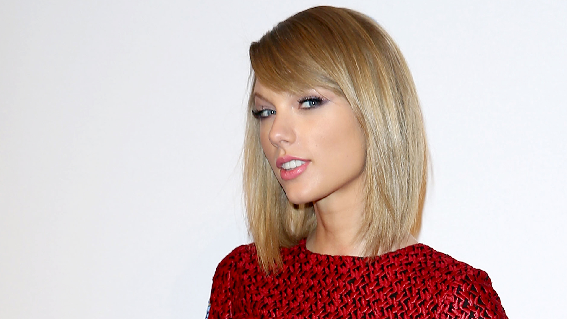 Taylor swifts hair goes from a bob to a shag see the look urmus Images