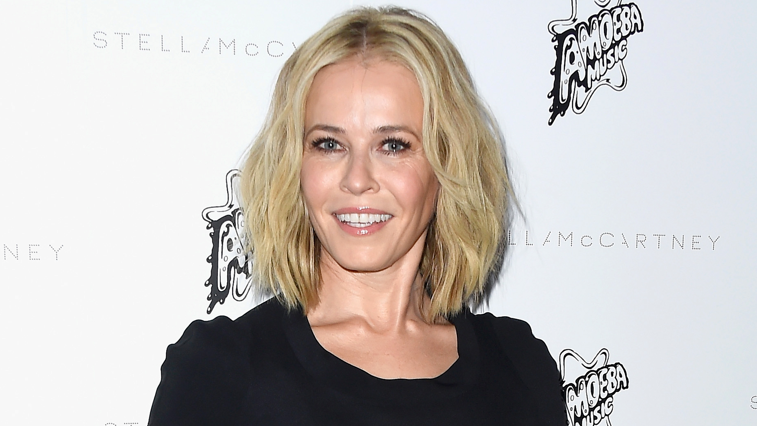 Chelsea Handler S Facial Treatment Results Stun Fans But May Be Misleading