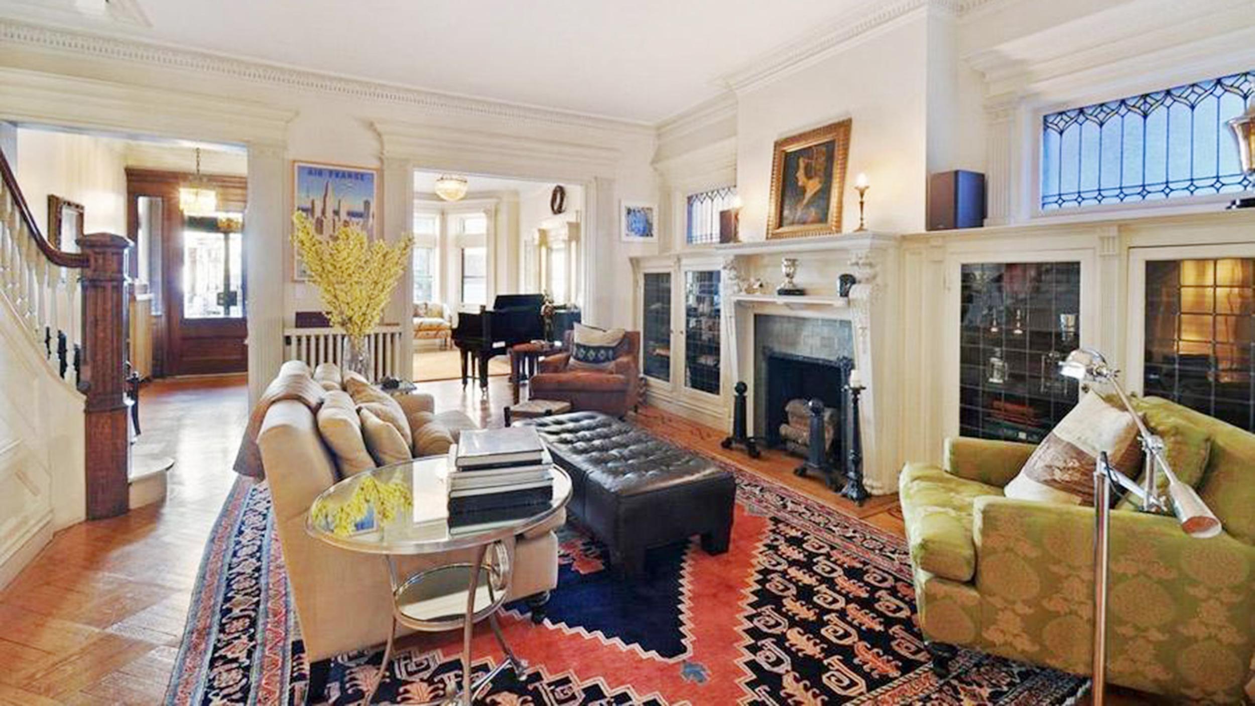 Emily Blunt And John Krasinski Buy Brooklyn Townhouse