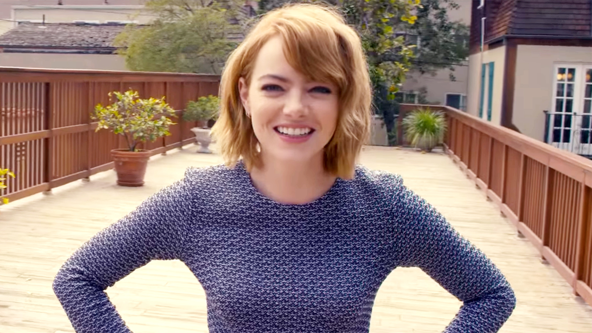 576f263486cf Emma Stone impersonates Britney Spears — and it s amazing
