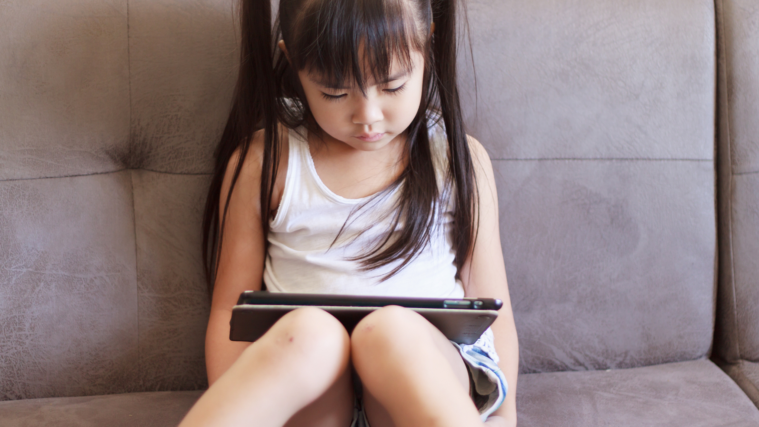 Screen time and kids: 4 times it's OK to hand over the iPad
