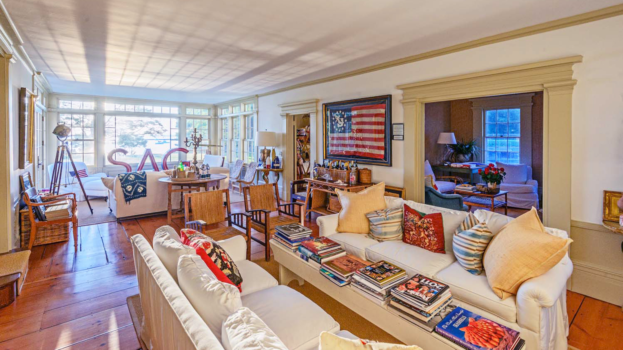 Christie brinkley is selling another hamptons home peek for Living room today