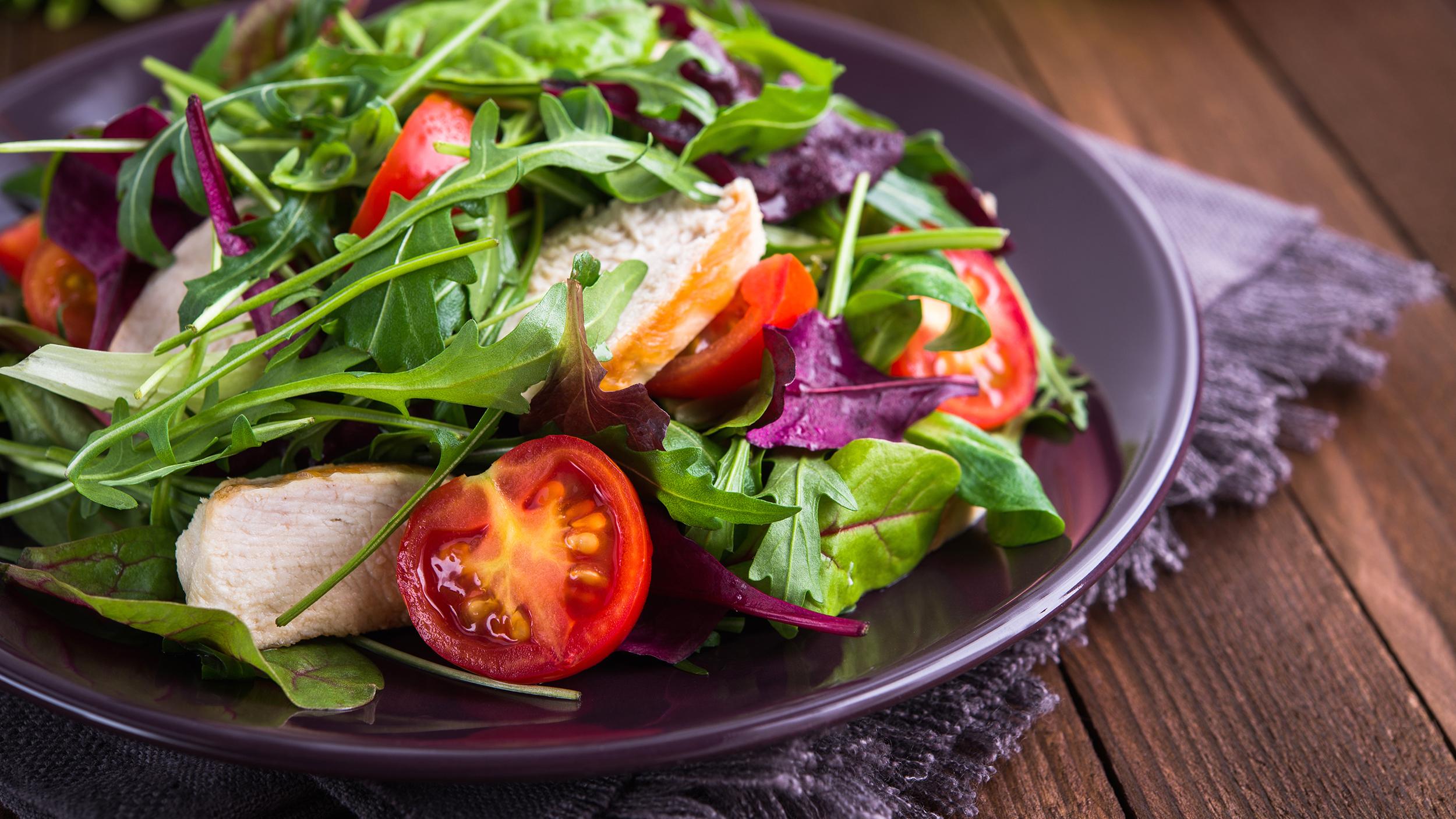ممنوعات اثناء الدورة الشهرية مهم جداً وكيف تعتني بنفسك وتغذيتك