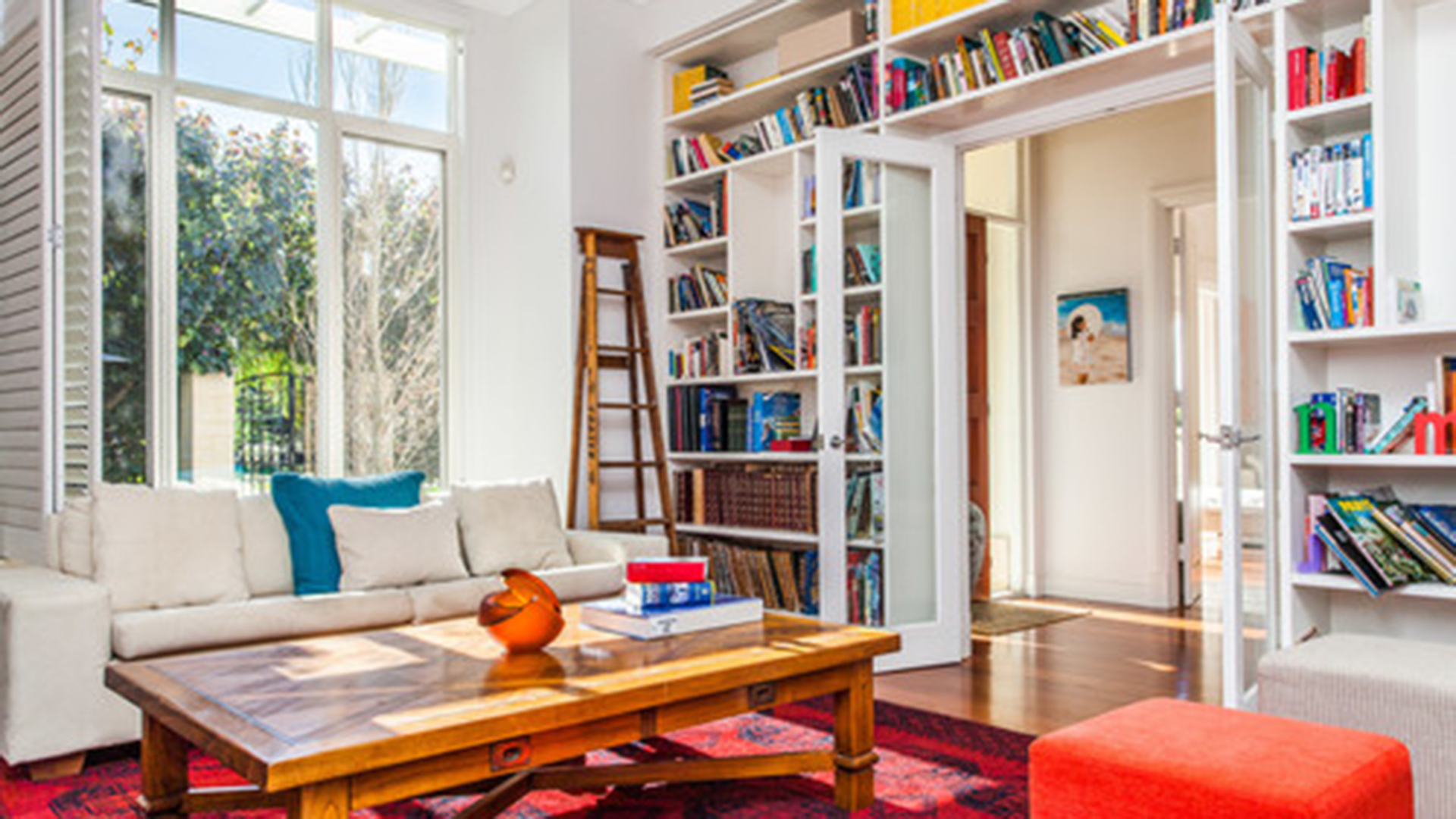 5 easy solutions to help you declutter and get organized for Living room today