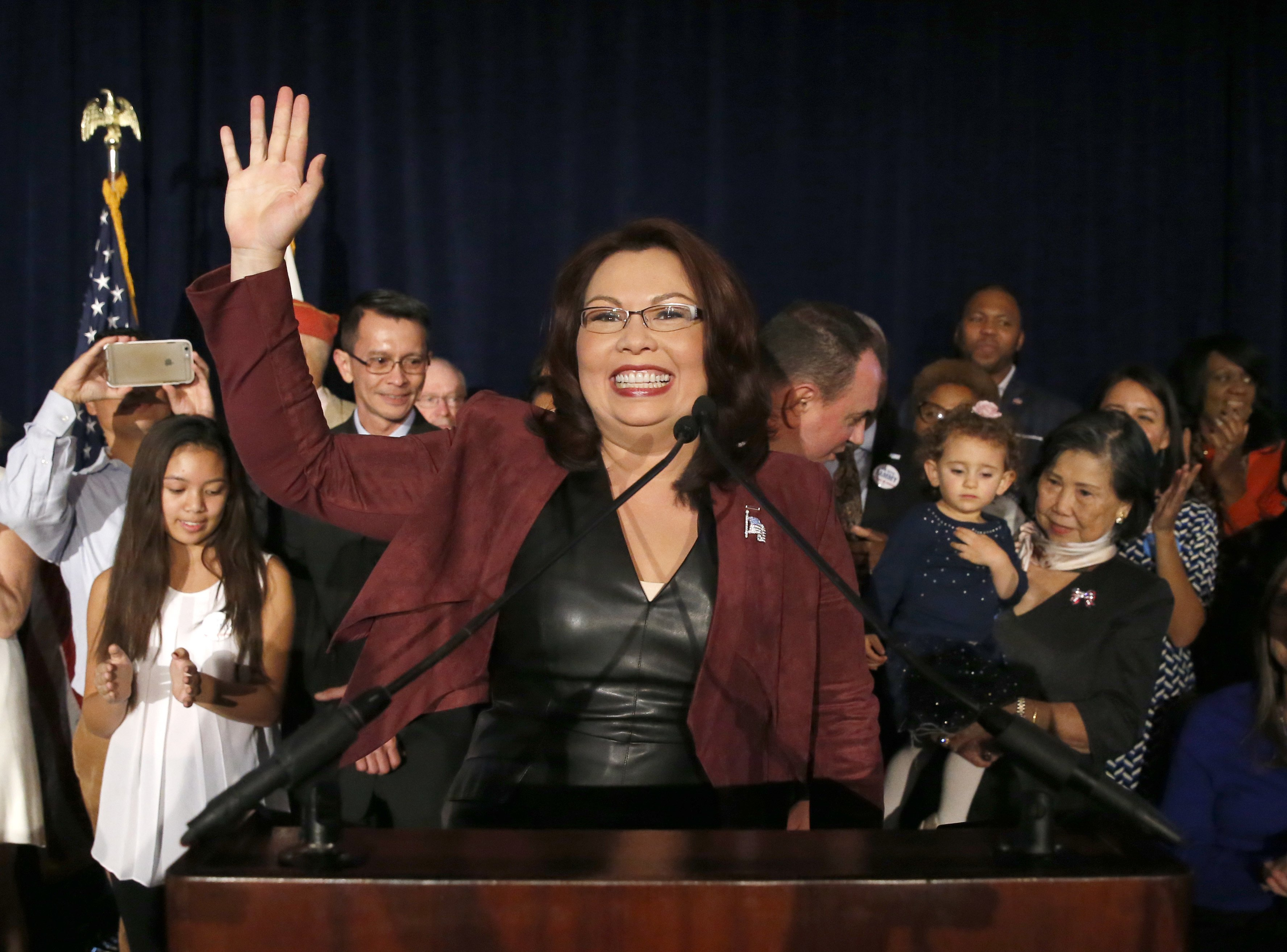 Tammy Duckworth is pregnant, would be 1st senator to give birth while in office