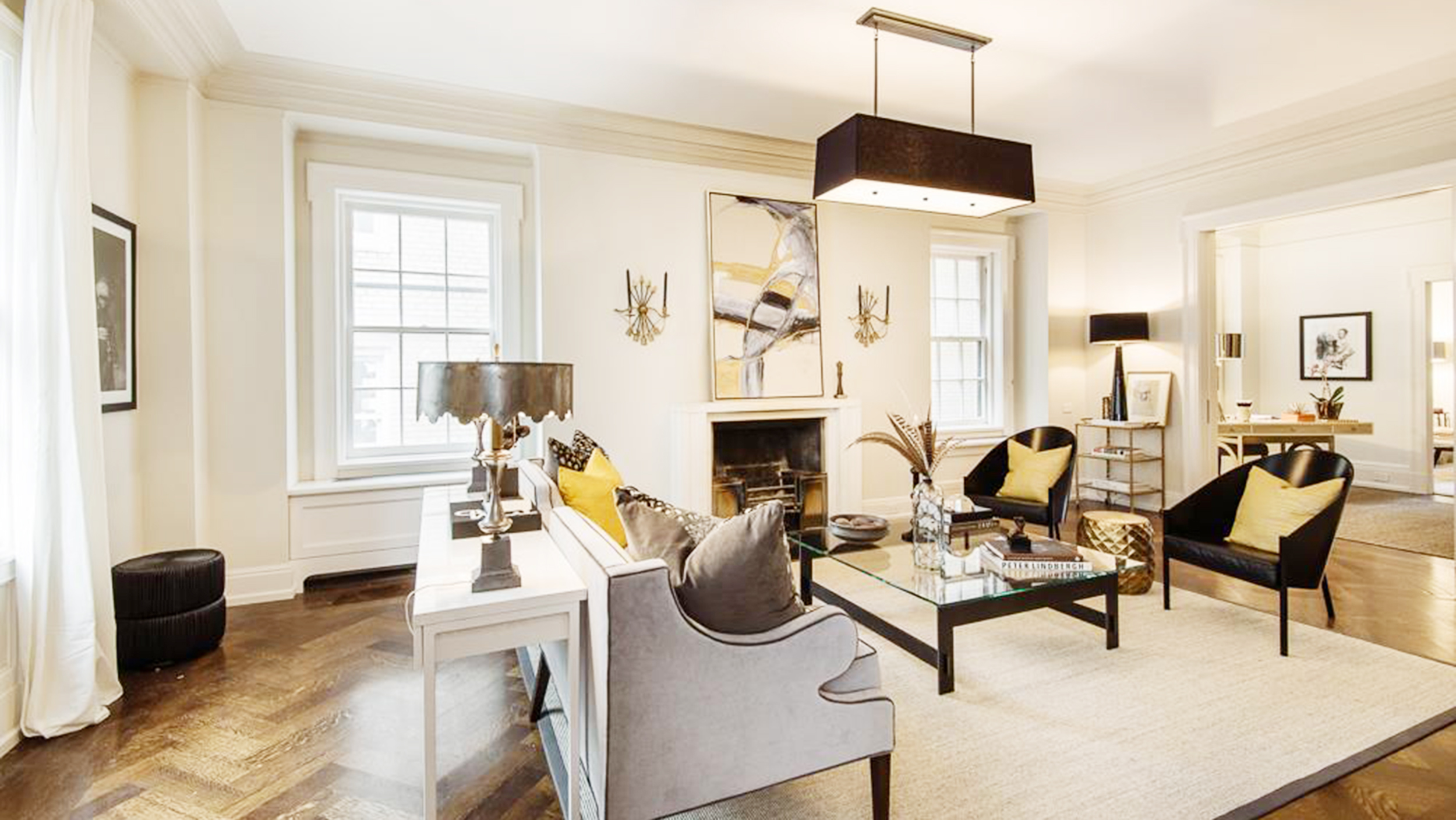 Uma thurman sells stunning new york city apartment for Living room today
