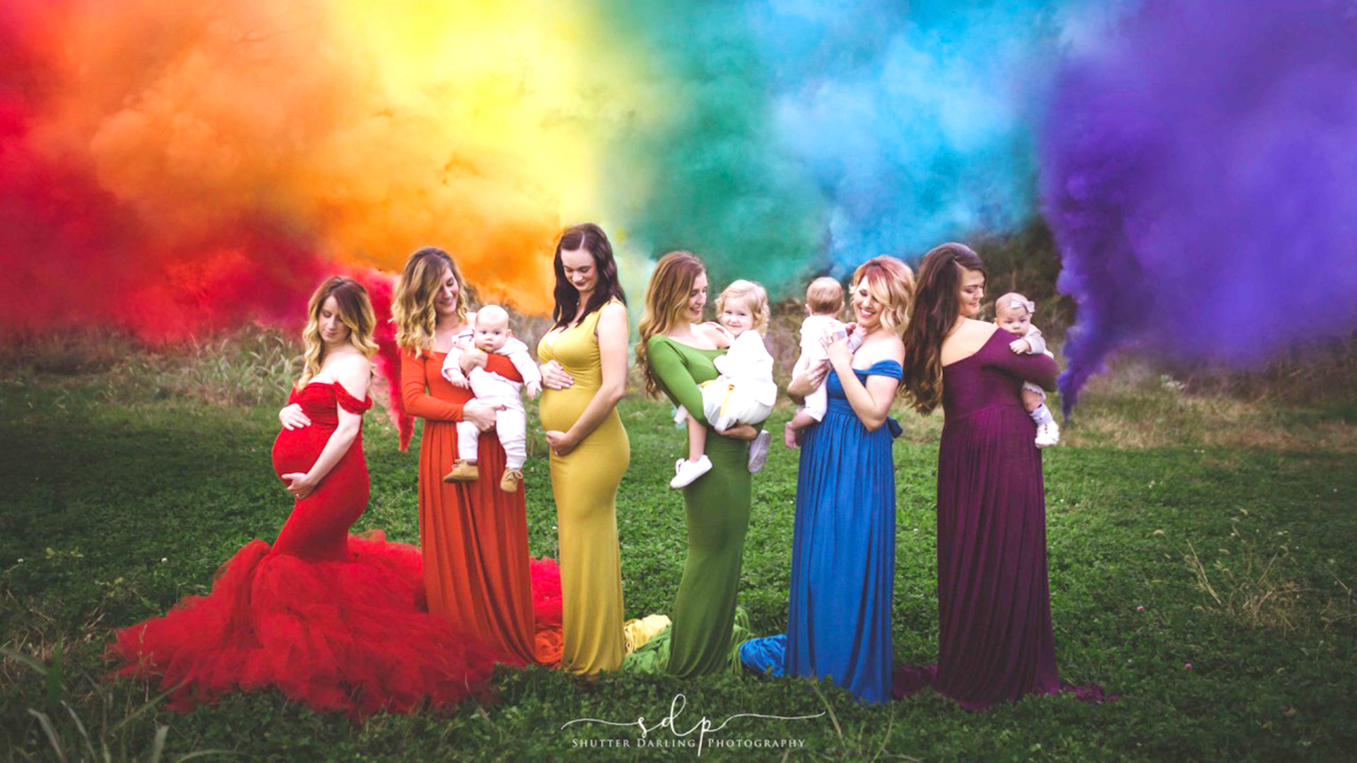 rainbow babies photo helps moms heal from miscarriage