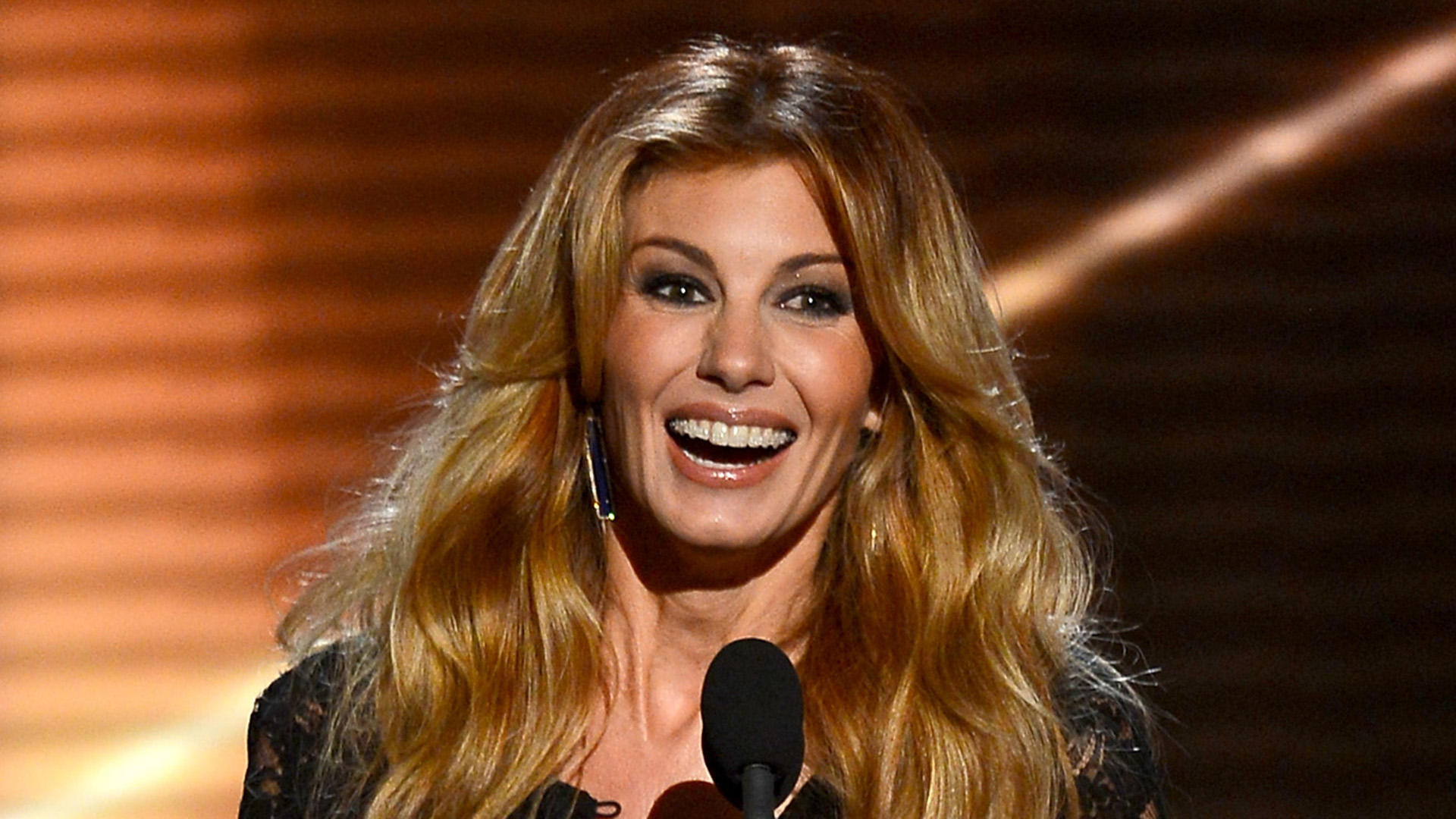 Faith Hill - Trending female country singers