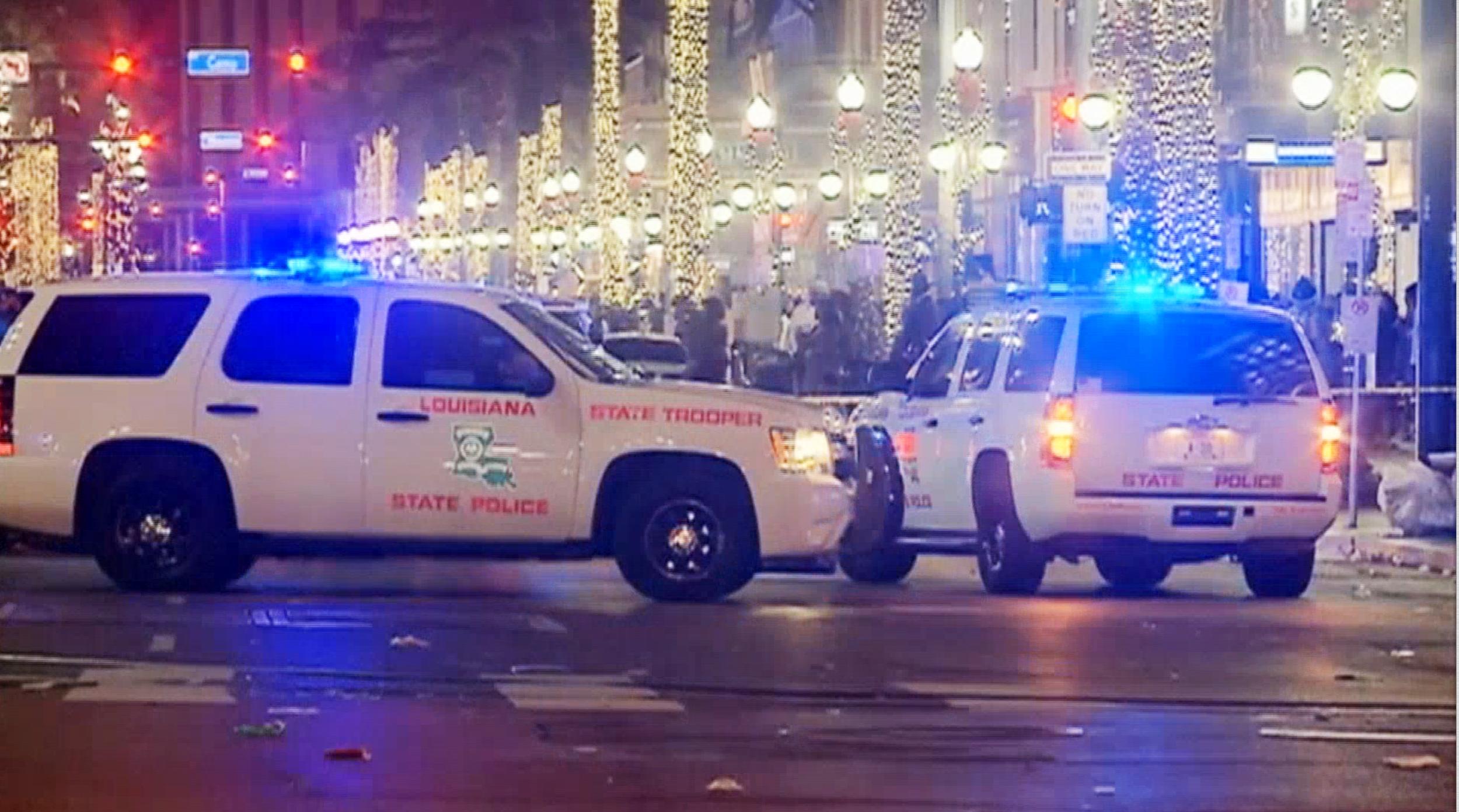 Bourbon Street New Orleans Shooting Leaves 1 Dead 9 Hurt Police