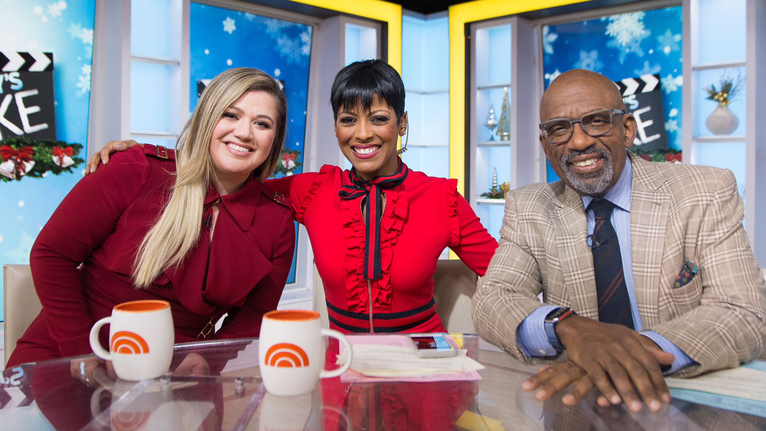 Kelly Clarkson talks motherhood on TODAY: \'I cry at everything\'
