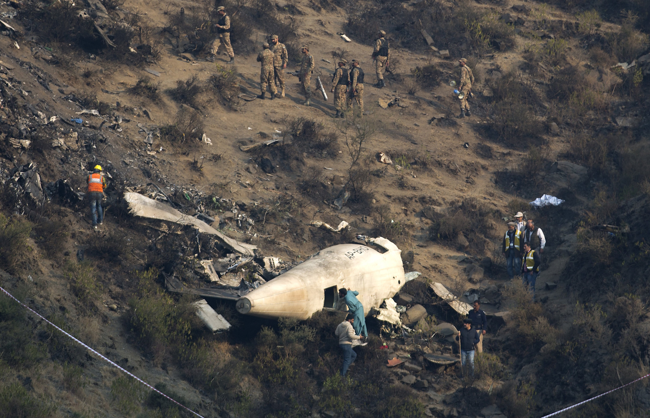 a creative essay about plane crashed A plane crash essay  a flight i can never forget please fasten your seat belt sir - a plane crash essay introduction  the voice of the flight steward woke me back from my reverie.