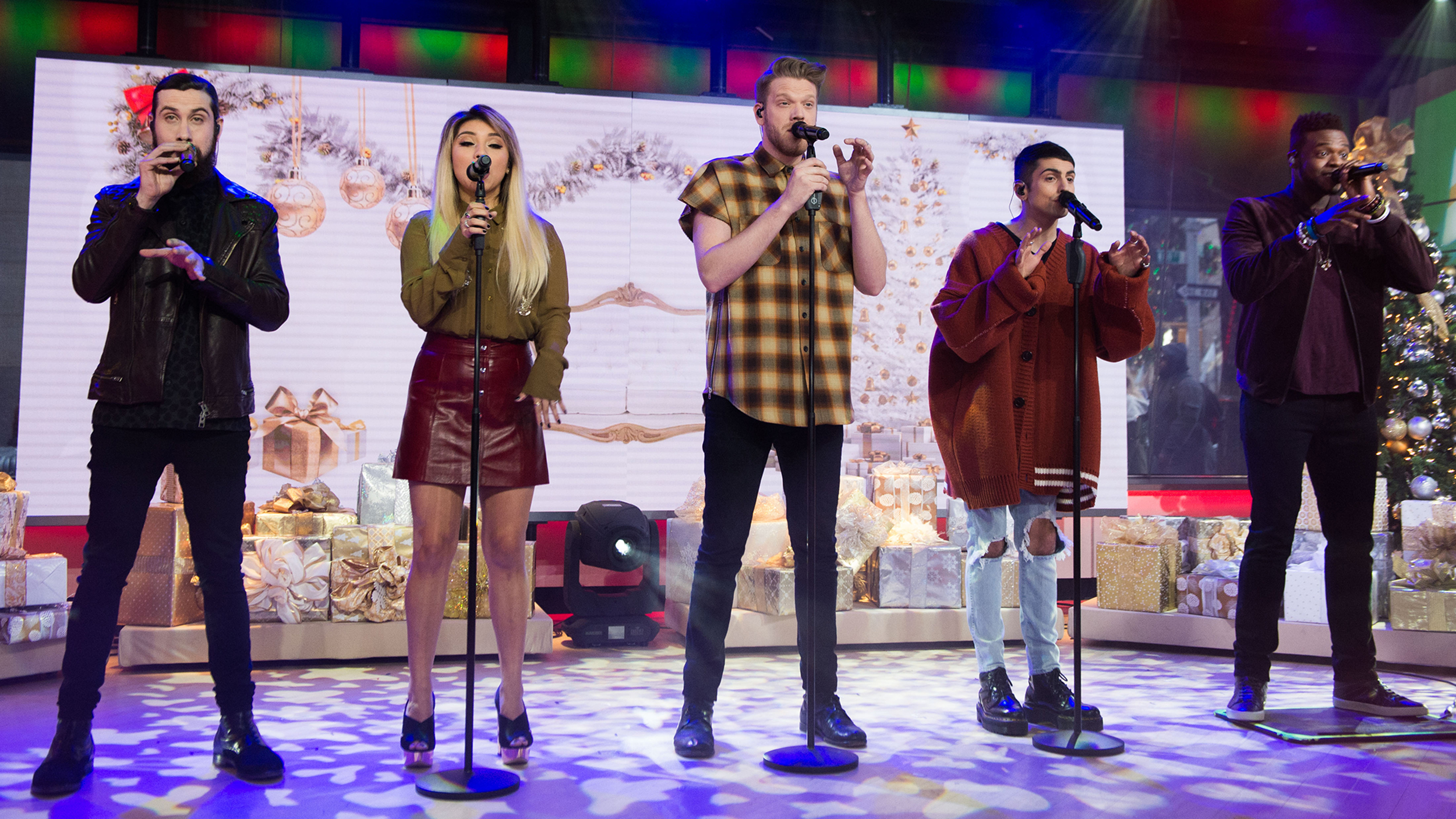 Pentatonix brings Christmas cheer to TODAY with amazing