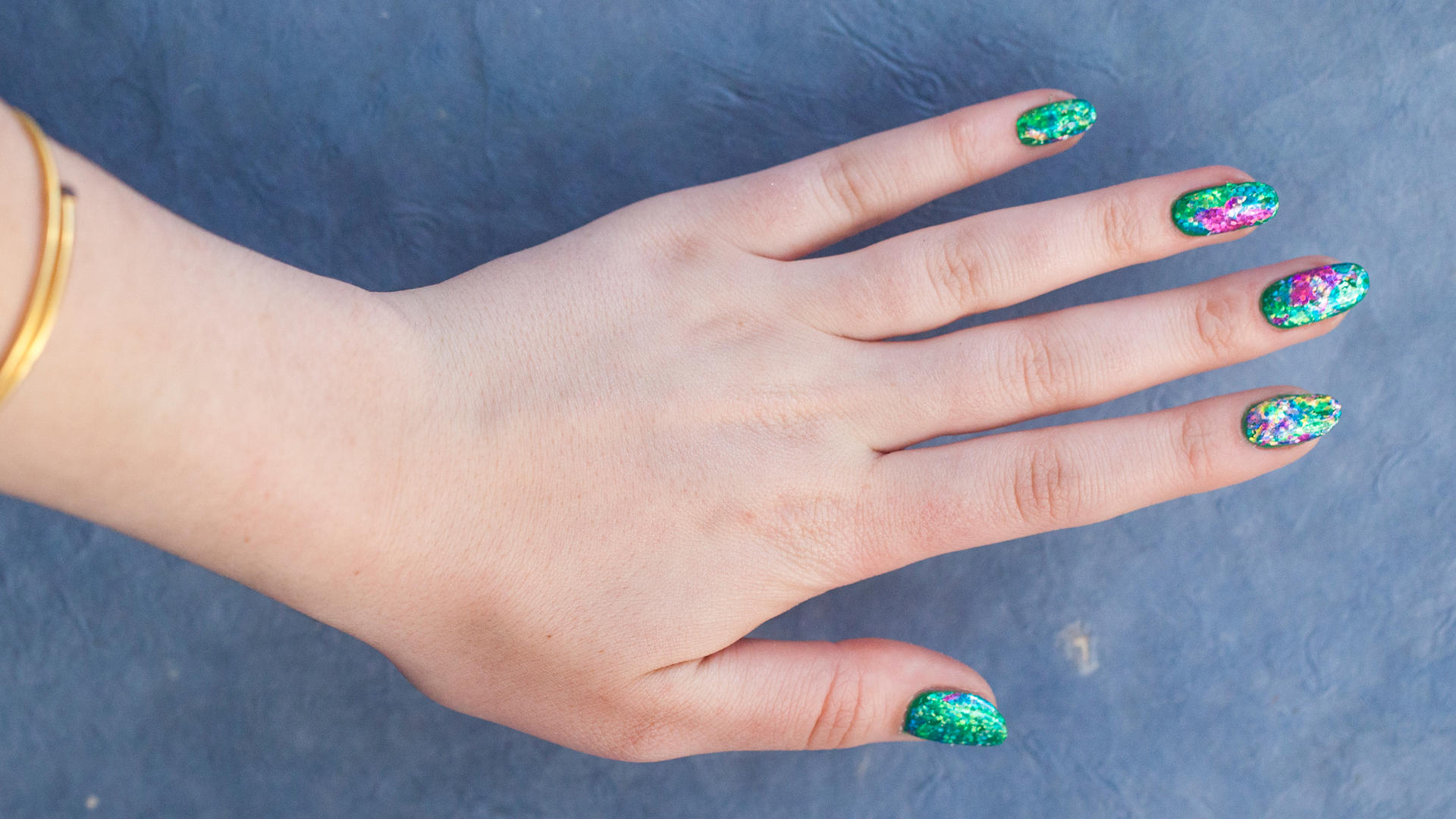 Nail art trend: How to get foil nails in less than 5 steps