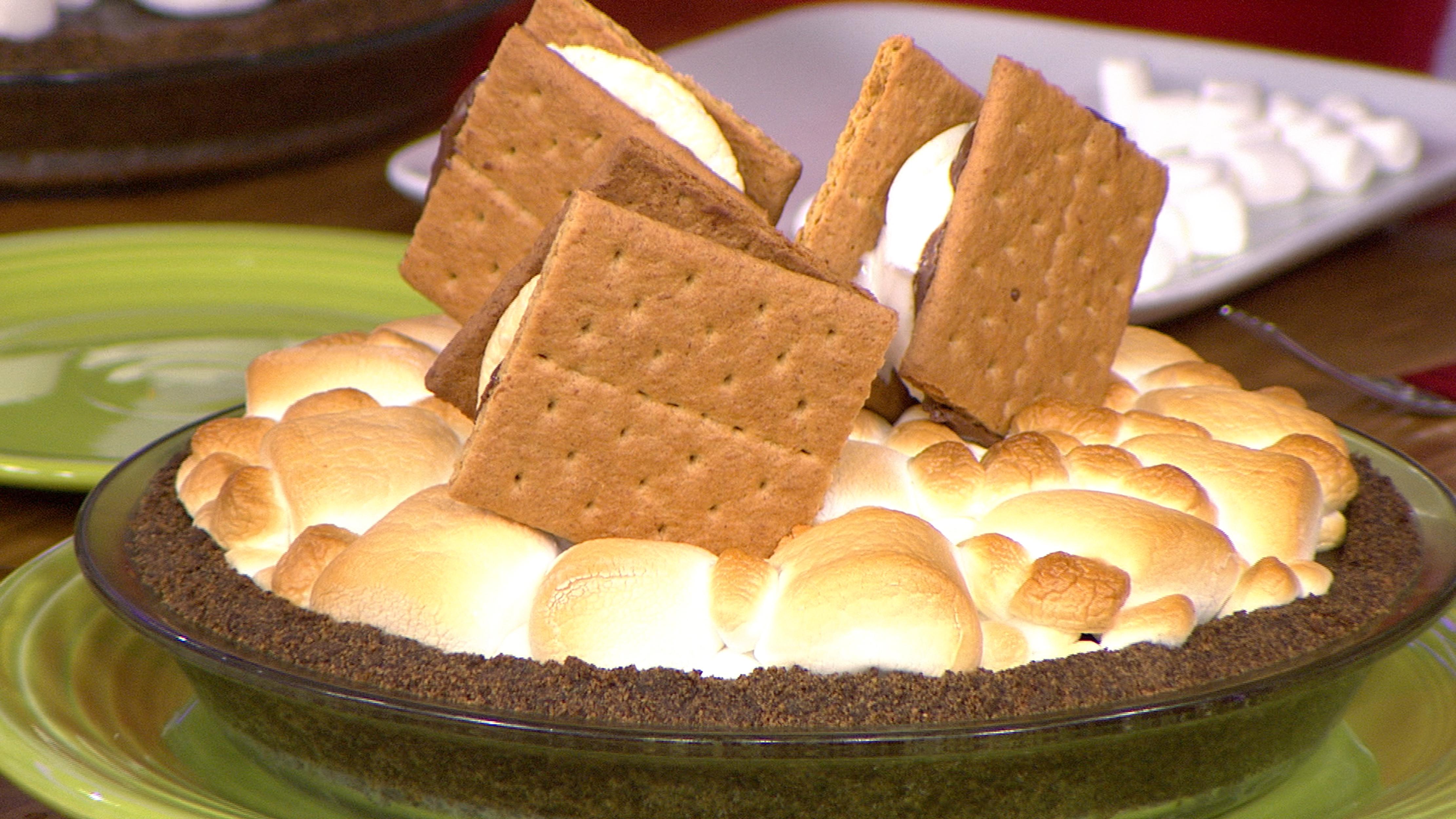 Peanut Butter Oreo S'mores Pie - TODAY.com