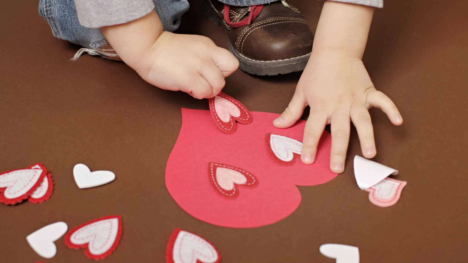 valentines day crafts for kids 7 diy ideas for families todaycom - Valentine Day Crafts For Kids