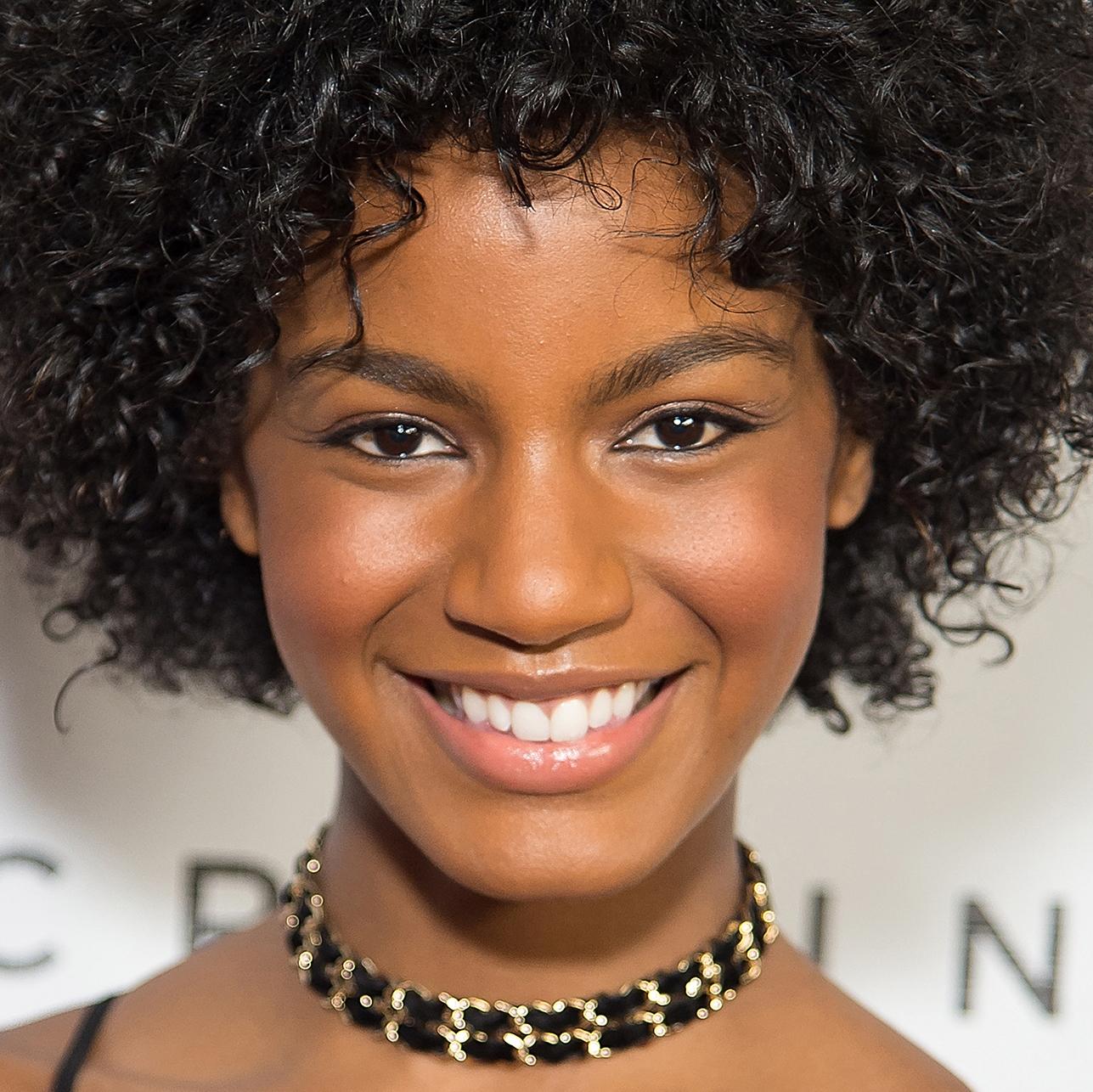 Maricar Reyes (b. 1984),Nicholas Campbell Hot tube Rolonda Watts,Diah Permatasari (actress)