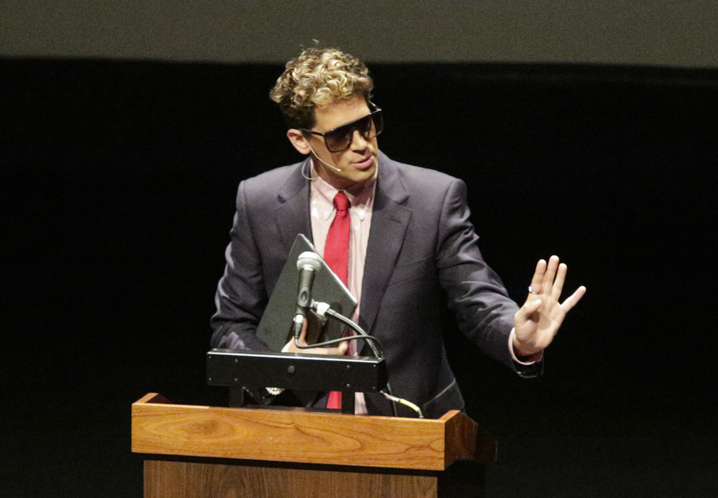 Breitbart Editor Milo Yiannopoulos Dropped From CPAC, Loses Book Deal