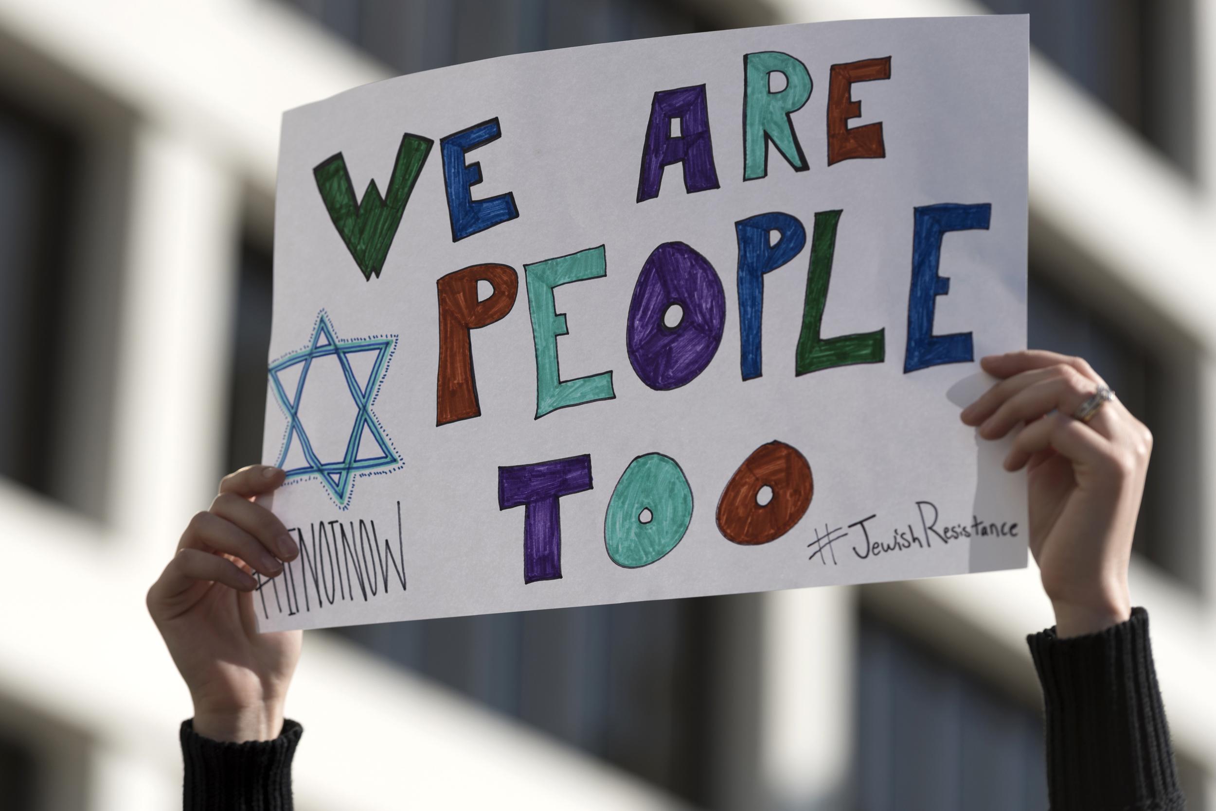 Bomb Threats Target Jewish Centers Across U.S.