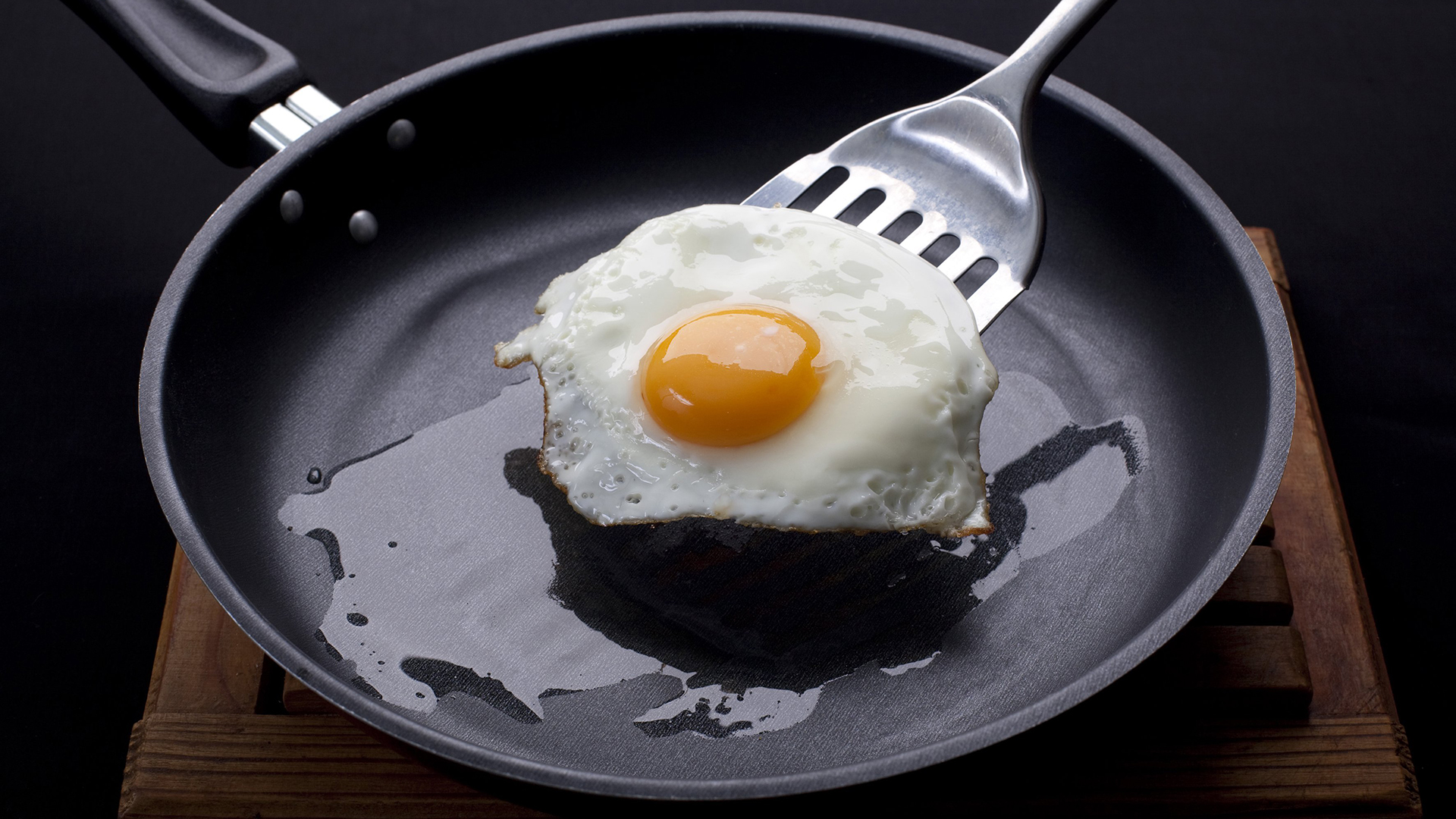 Egg safety and salmonella: Sunny side-up eggs safe to eat?