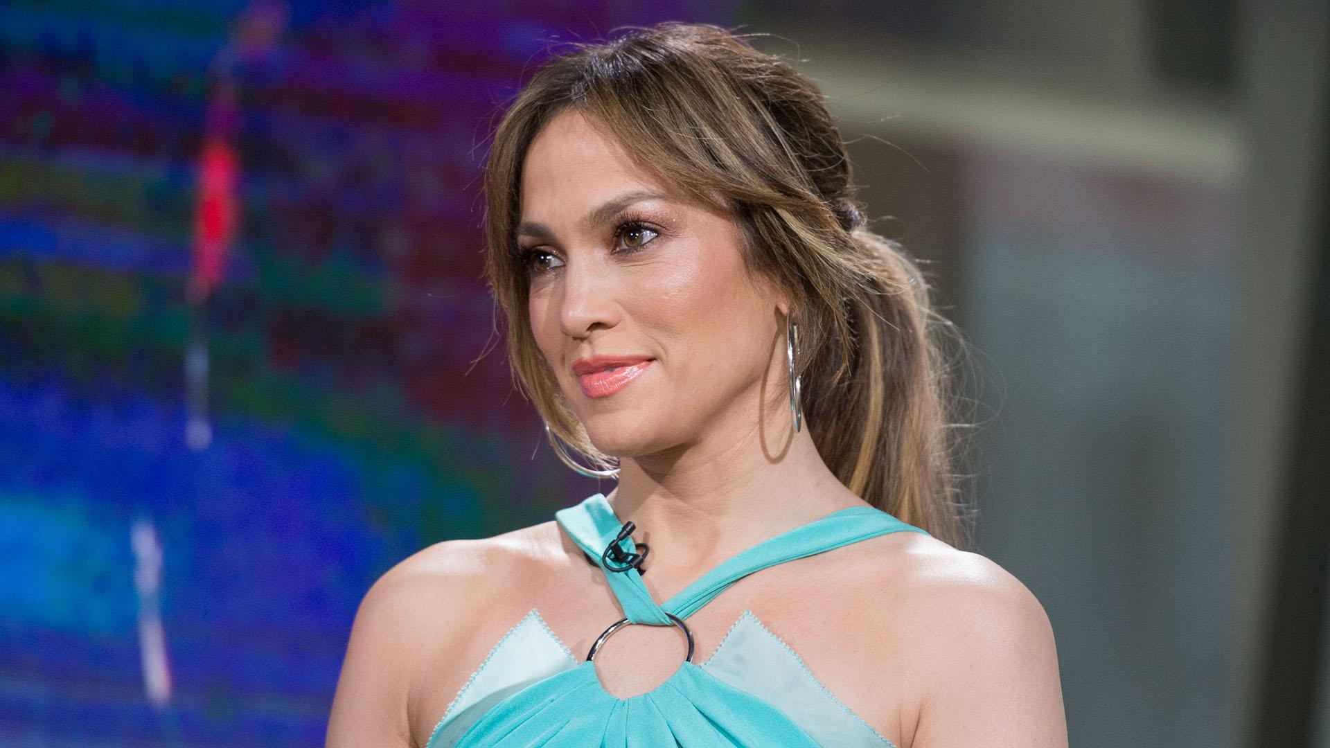 Jennifer Lopez: Jennifer Lopez Gets Honest About Motherhood: 'I Almost