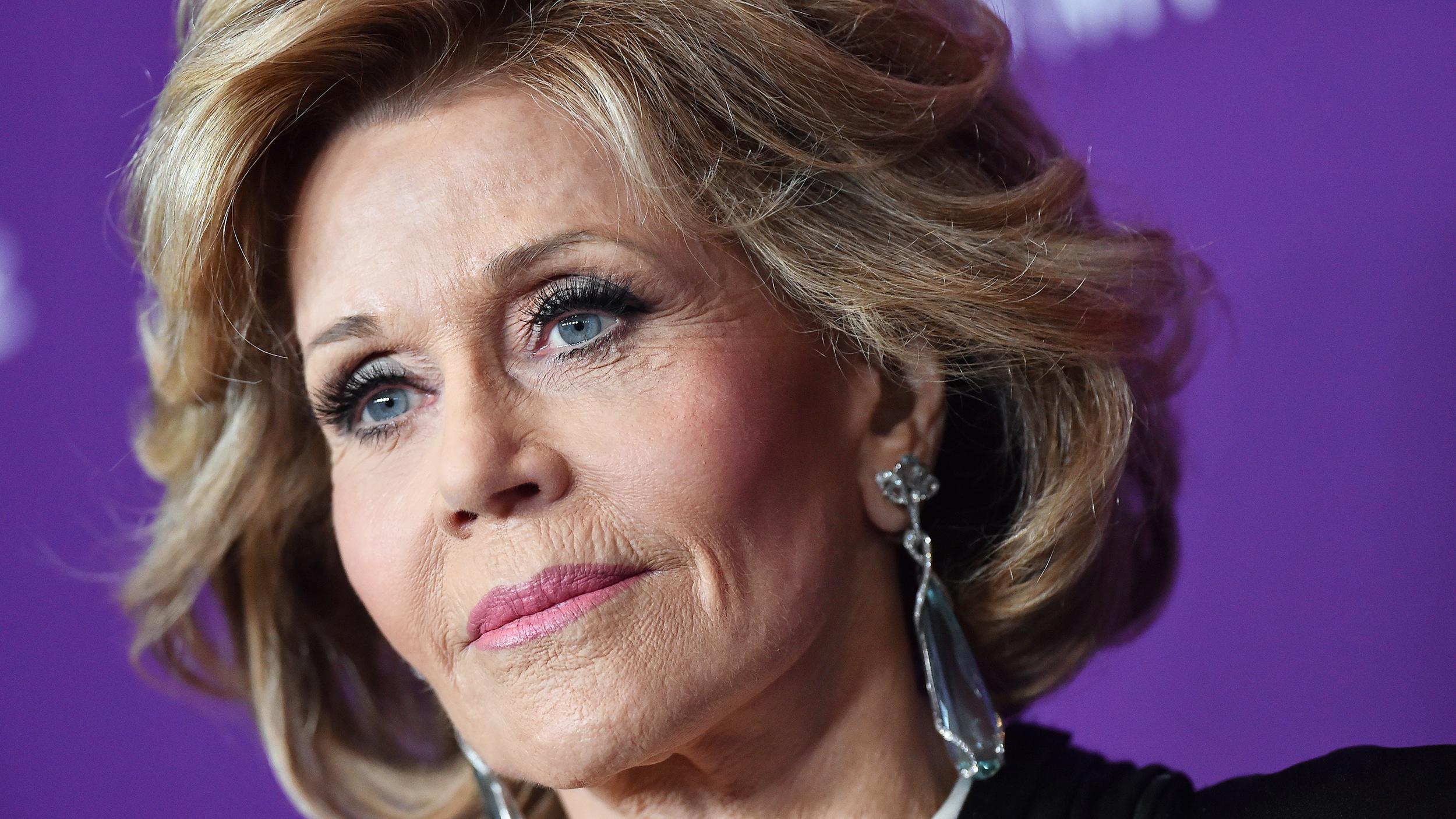 Biografia Jane Fonda è nata il 21 dicembre 1937 a New York da Henry Fonda e Frances Seymour Brokaw È di origine inglese scozzese francese e italiana la