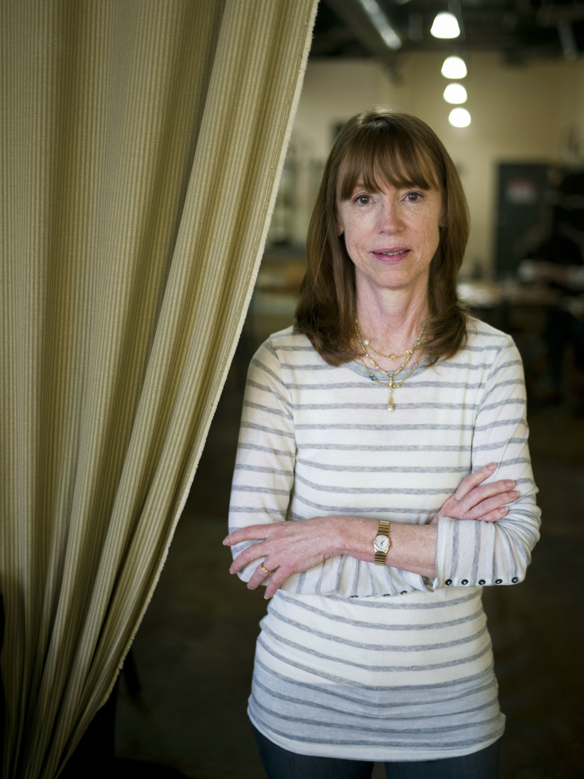 writing her family u0026 39 s immigration story turned lisa see