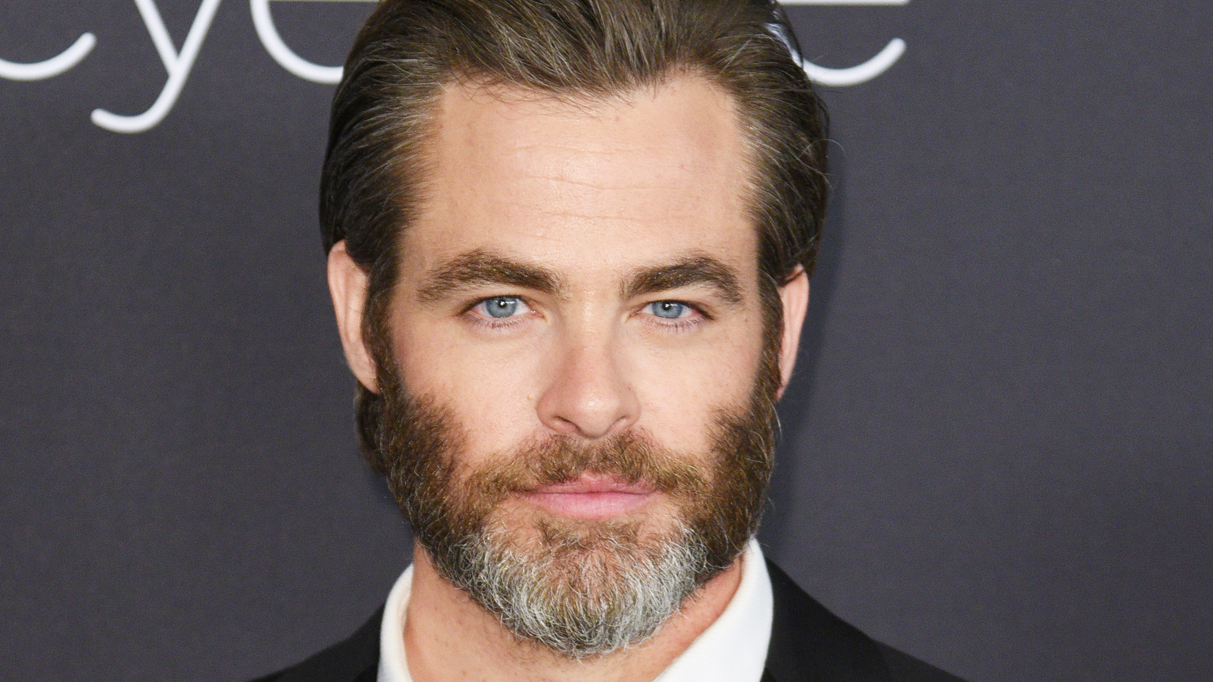 Chris Pine Cut His Hair And Were Not Sure How To Feel About It
