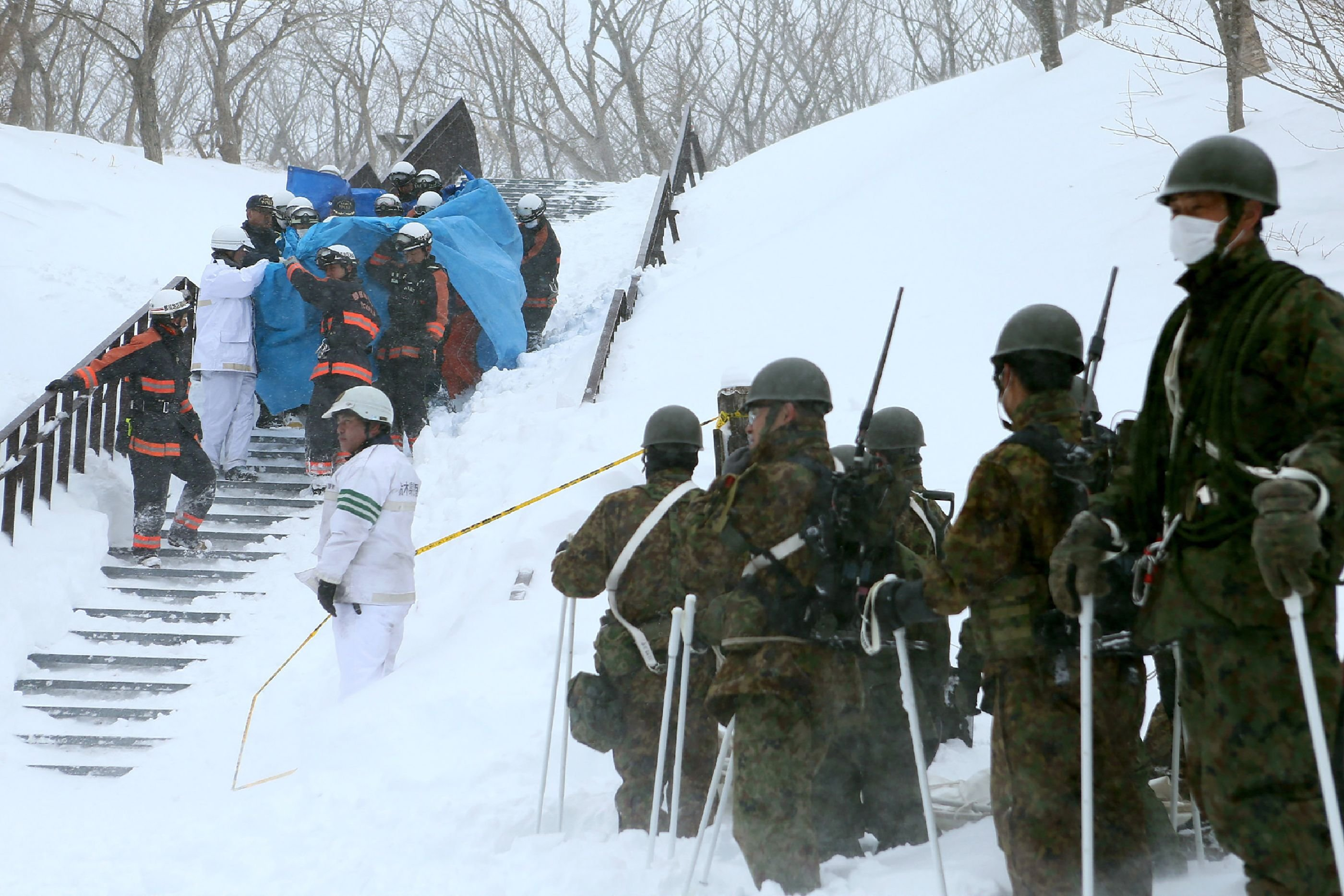 Eight Feared Dead as Avalanche Hits Japanese Students