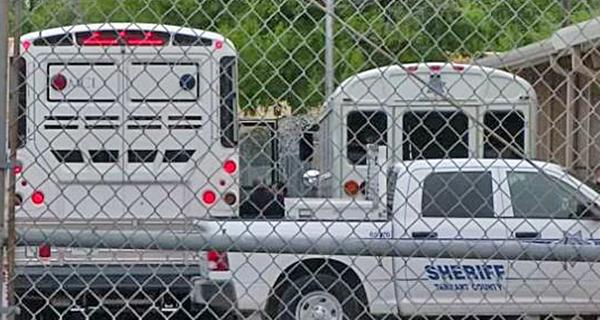 ICE Arrests 26 Probationers Doing Community Service