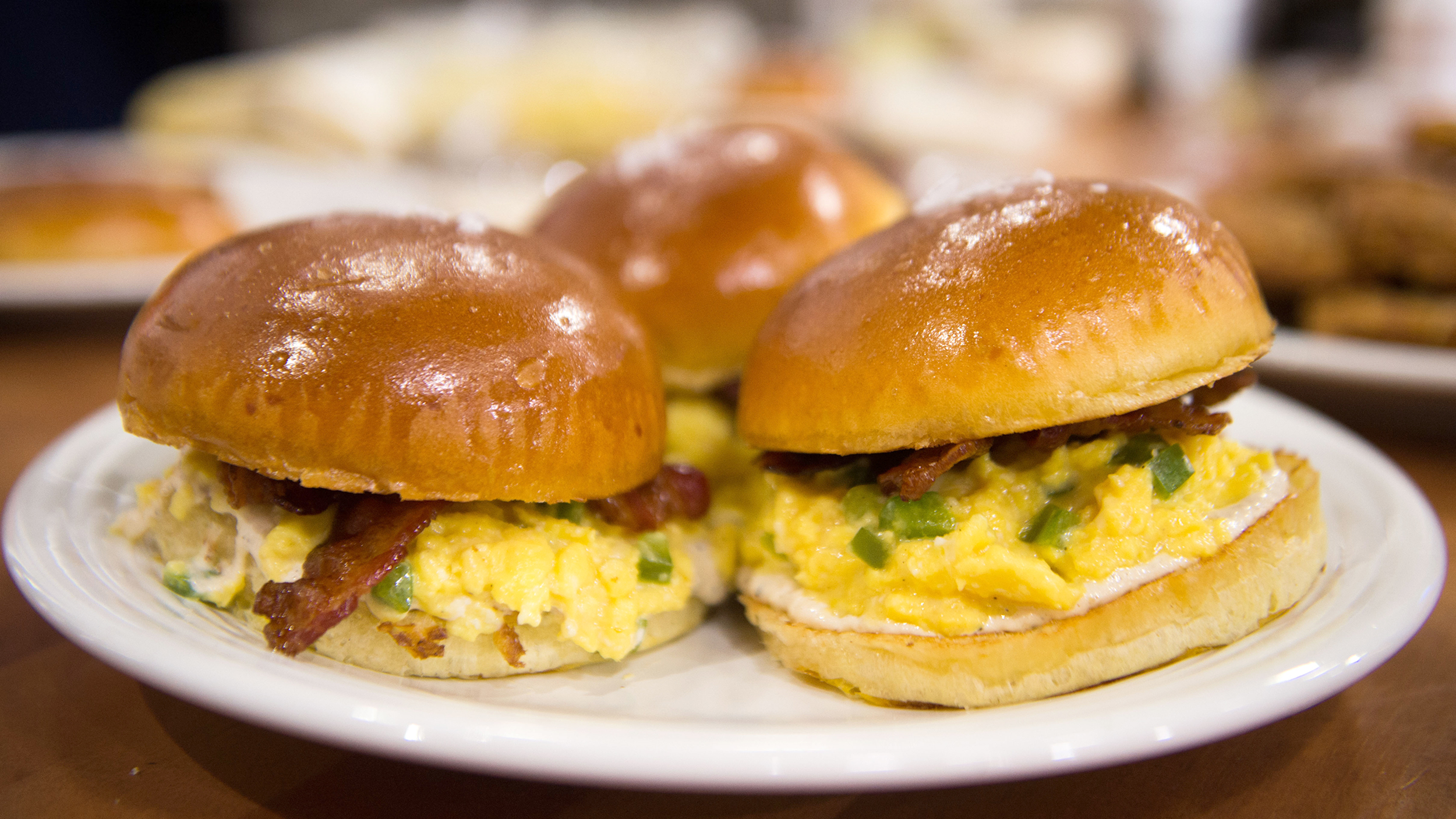 Best brunch recipes: Cheesy egg sandwiches & crispy hash ...