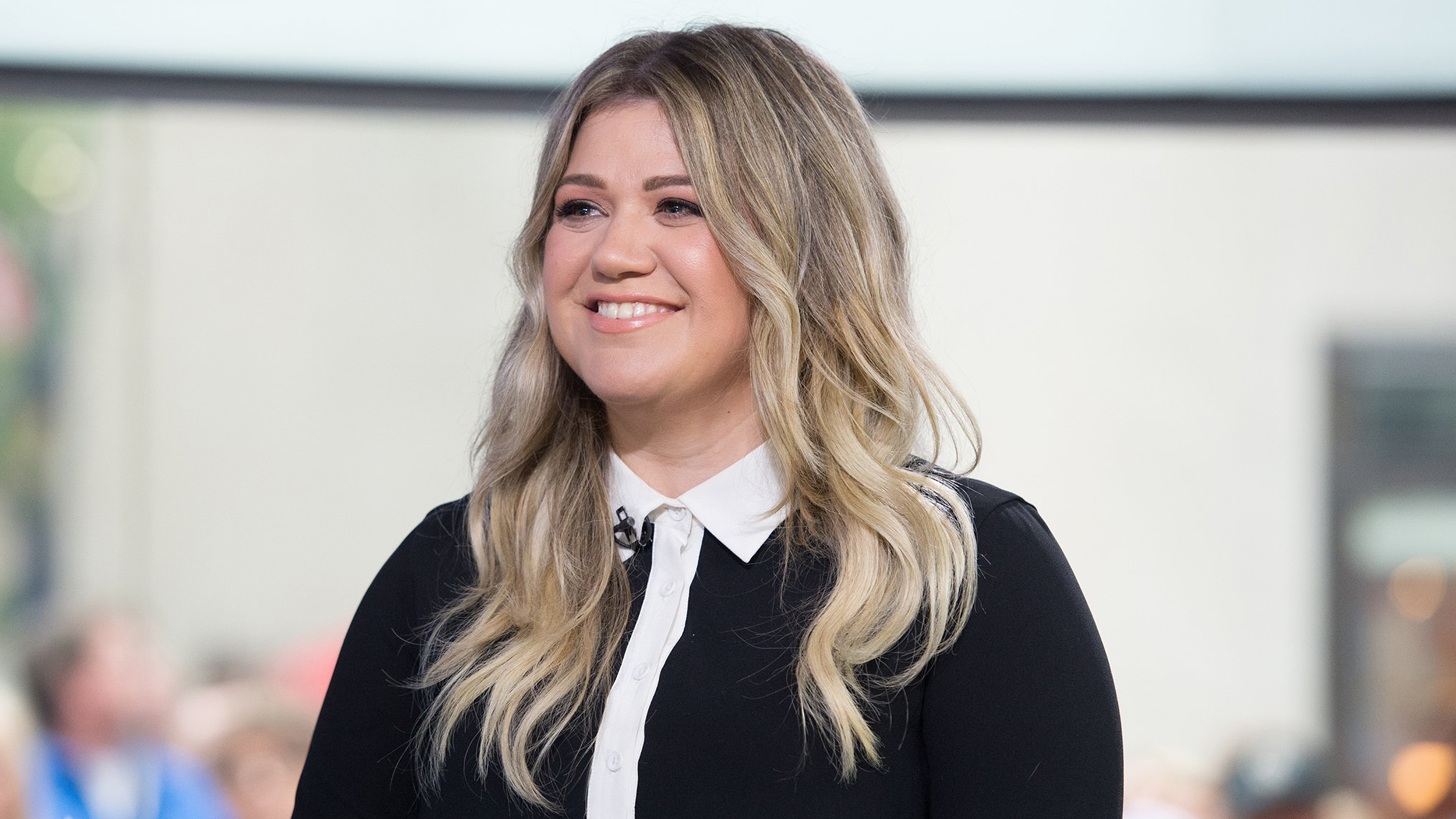 Kelly Clarkson Named Coach For 14th Season Of The Voice