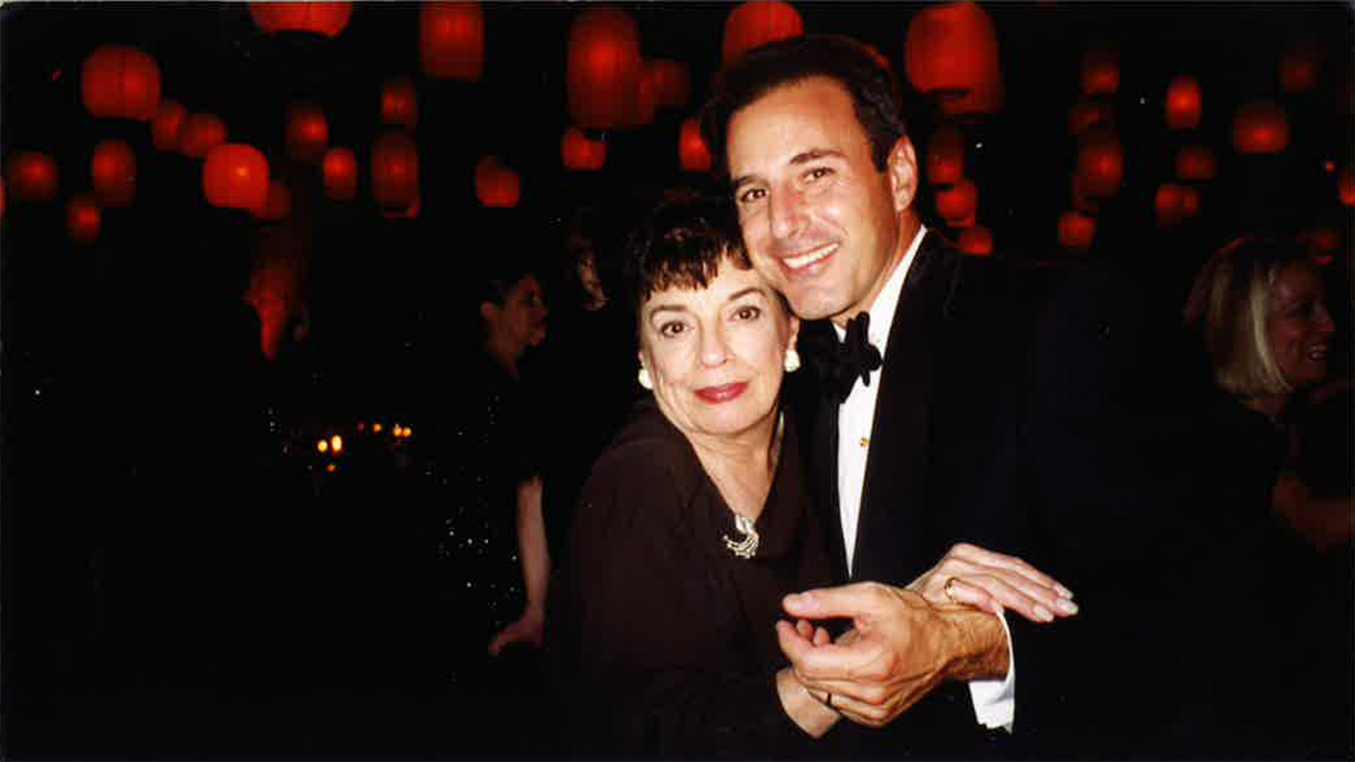 <b>Matt</b> <b>Lauer</b> writes about his mother&#39;s strength in new issue ...