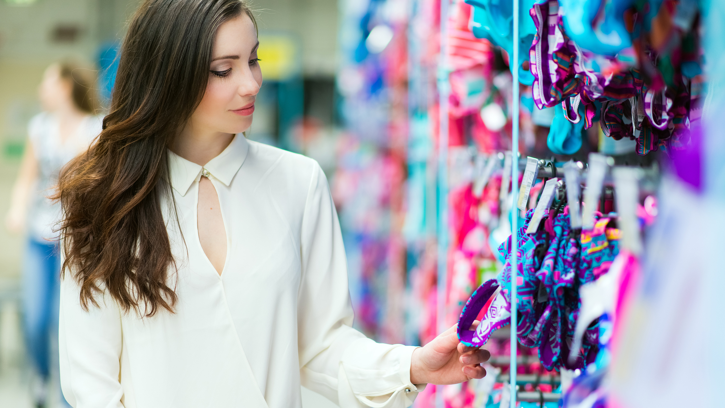 d4ac80e5e9554 Swimsuit shopping tips: How to shop for swimsuits