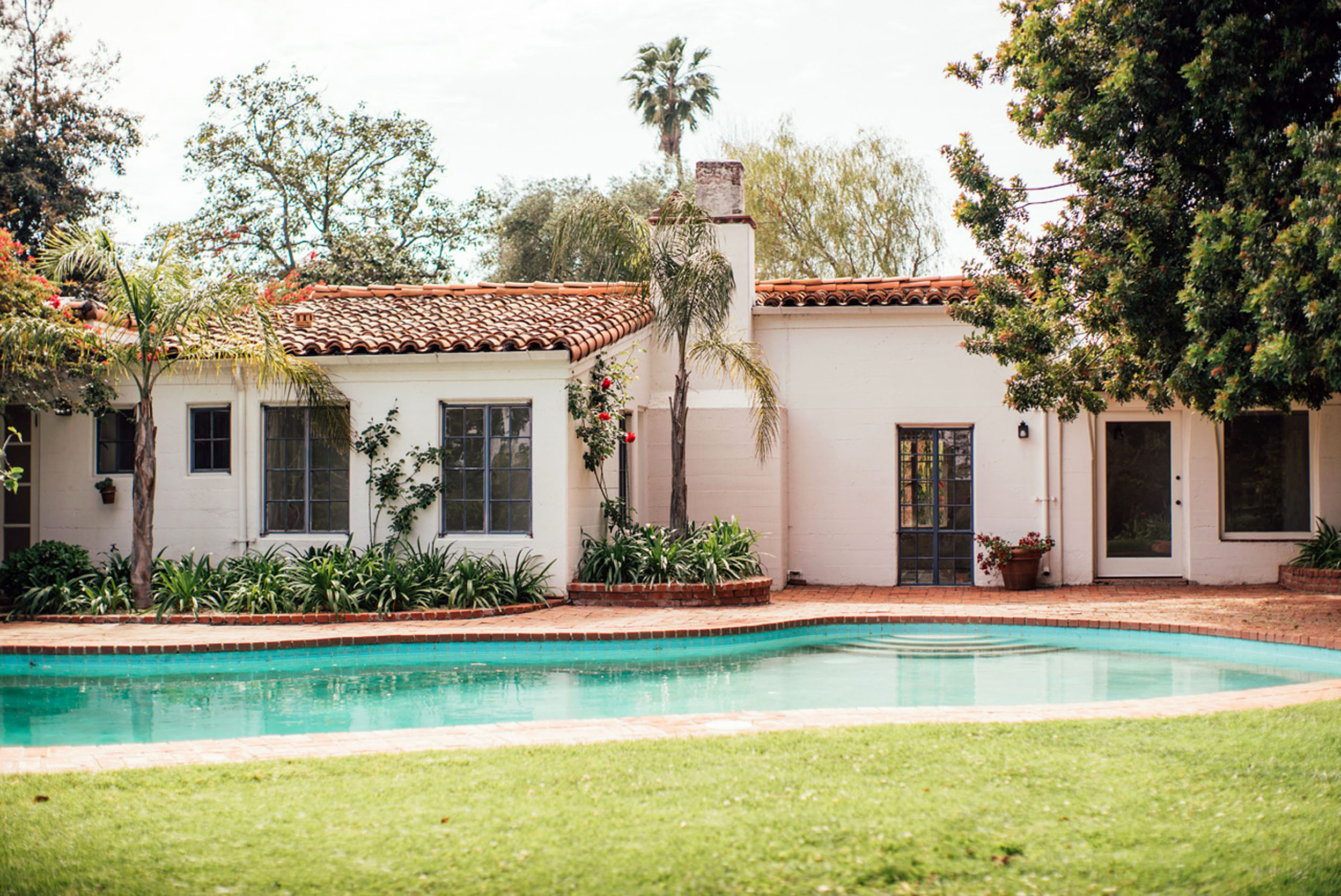 Marilyn Monroe's home in Brentwood, Los Angeles, sold