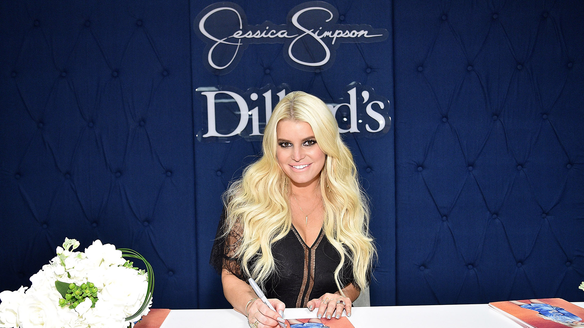 Jessica Simpson S Fluctuating Weight Helps Her As A Fashion Designer