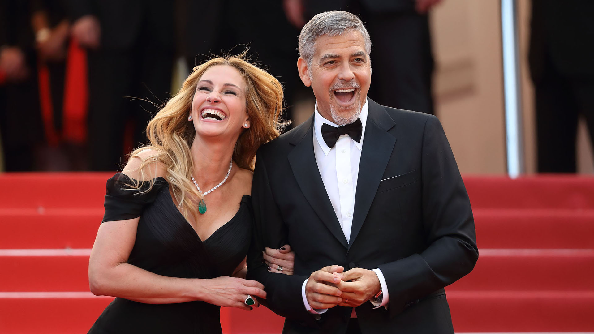 5 dating tips from george clooney 5 tips for better decision making why comedians are actually master psychologists trending topics  nine key tips for dating online safely and successfully.