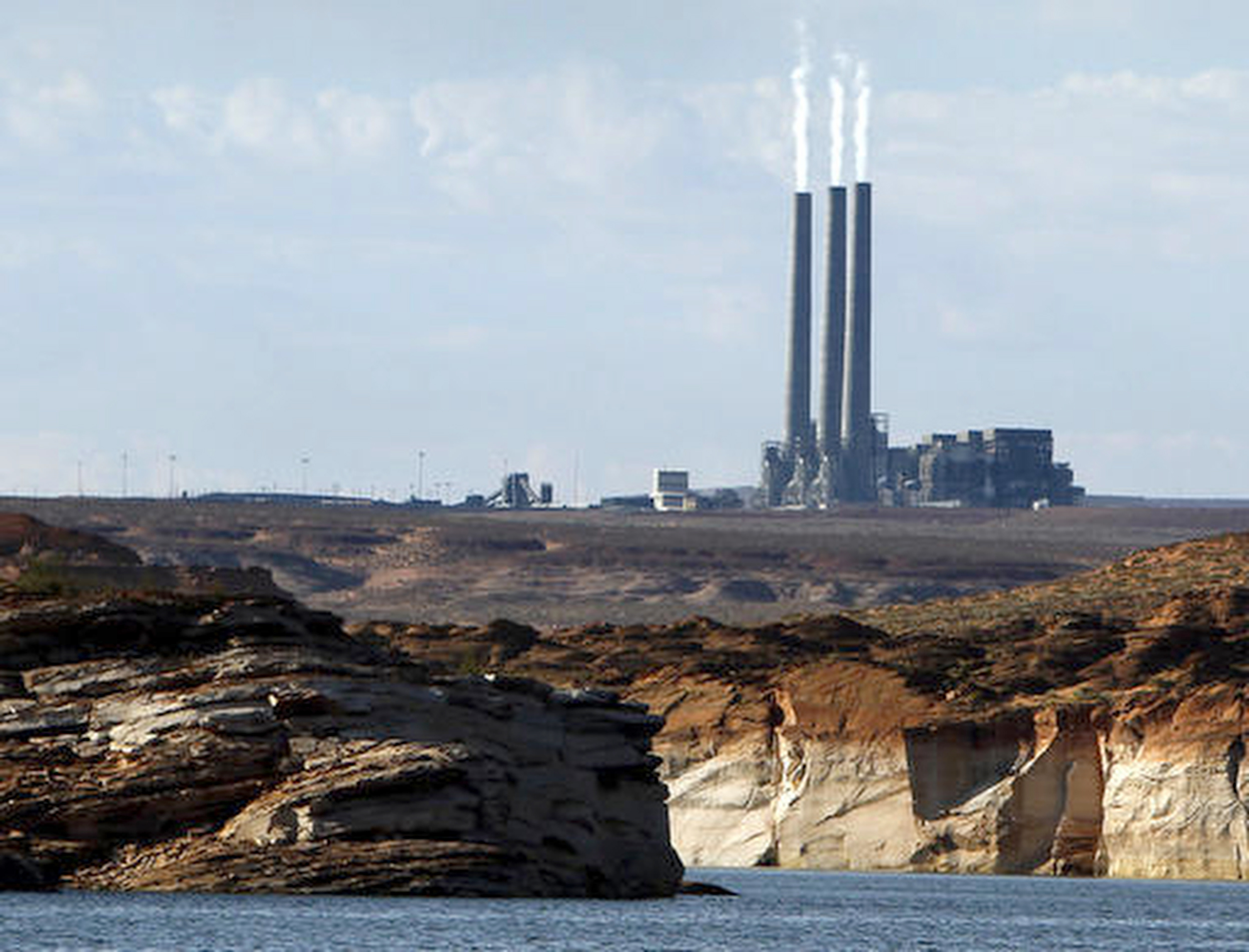 Coal burning Navajo Power Plant Nears Two Year Lease Extension