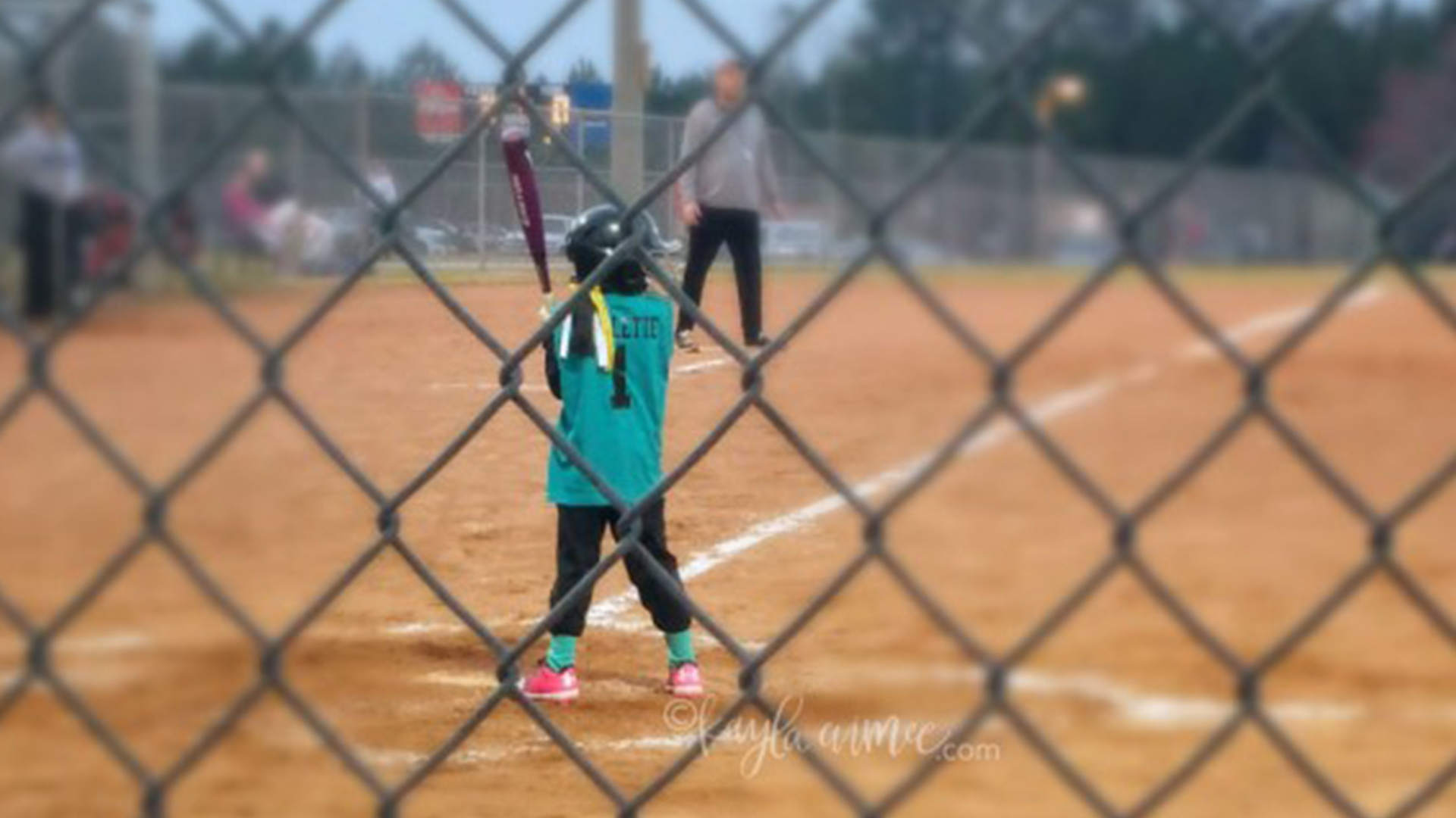 Sports parents behaving badly: How to watch your kid play without losing it