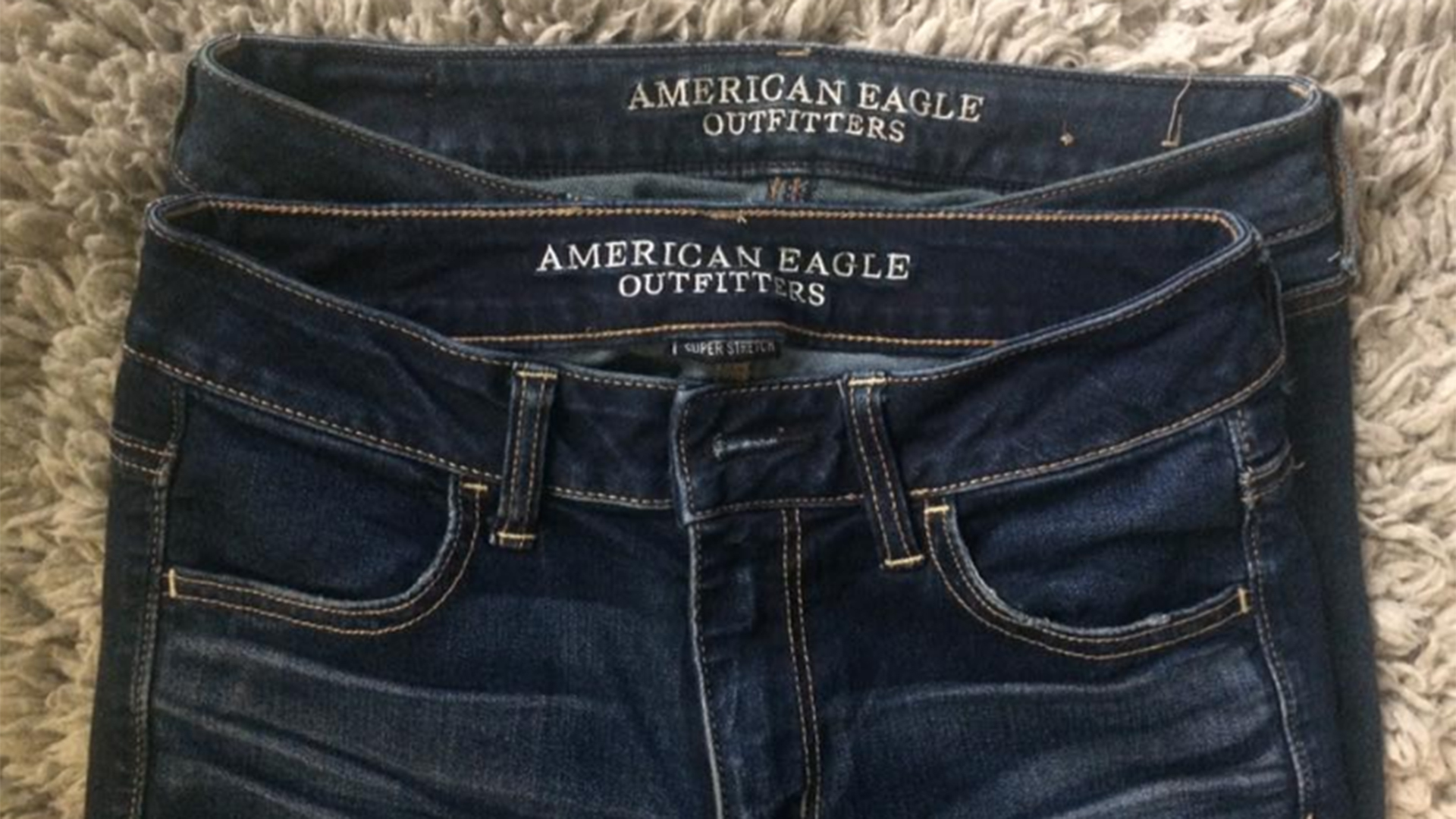 woman blasts american eagles jeans sizing