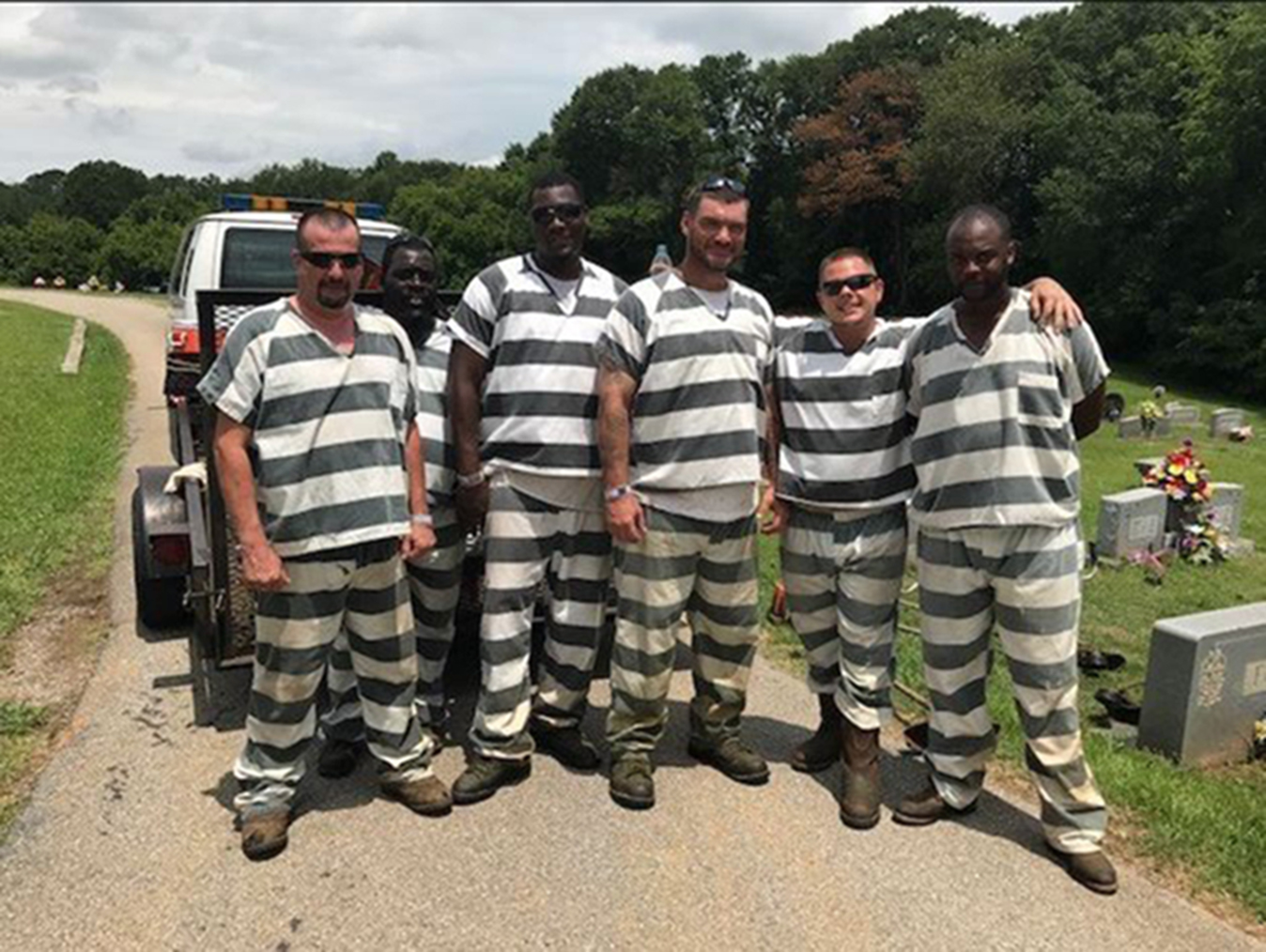 Inmates Who Saved Collapsed Guard Get Reduced Sentences