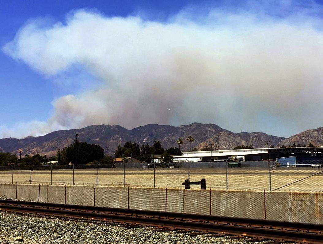Fire Closes California Freeway; Evacuations Ordered
