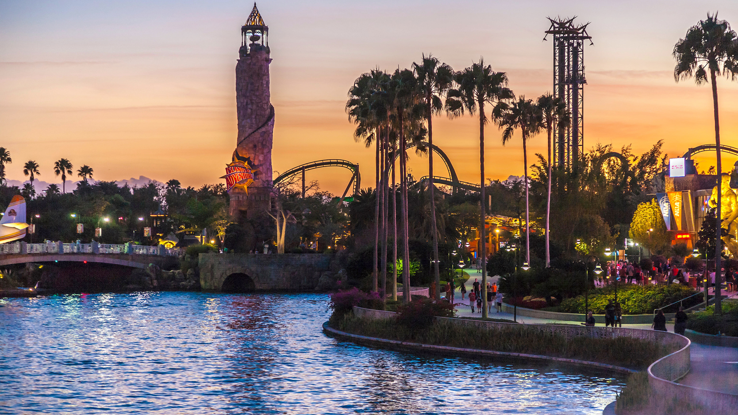 amusement parks  water parks     world todaycom
