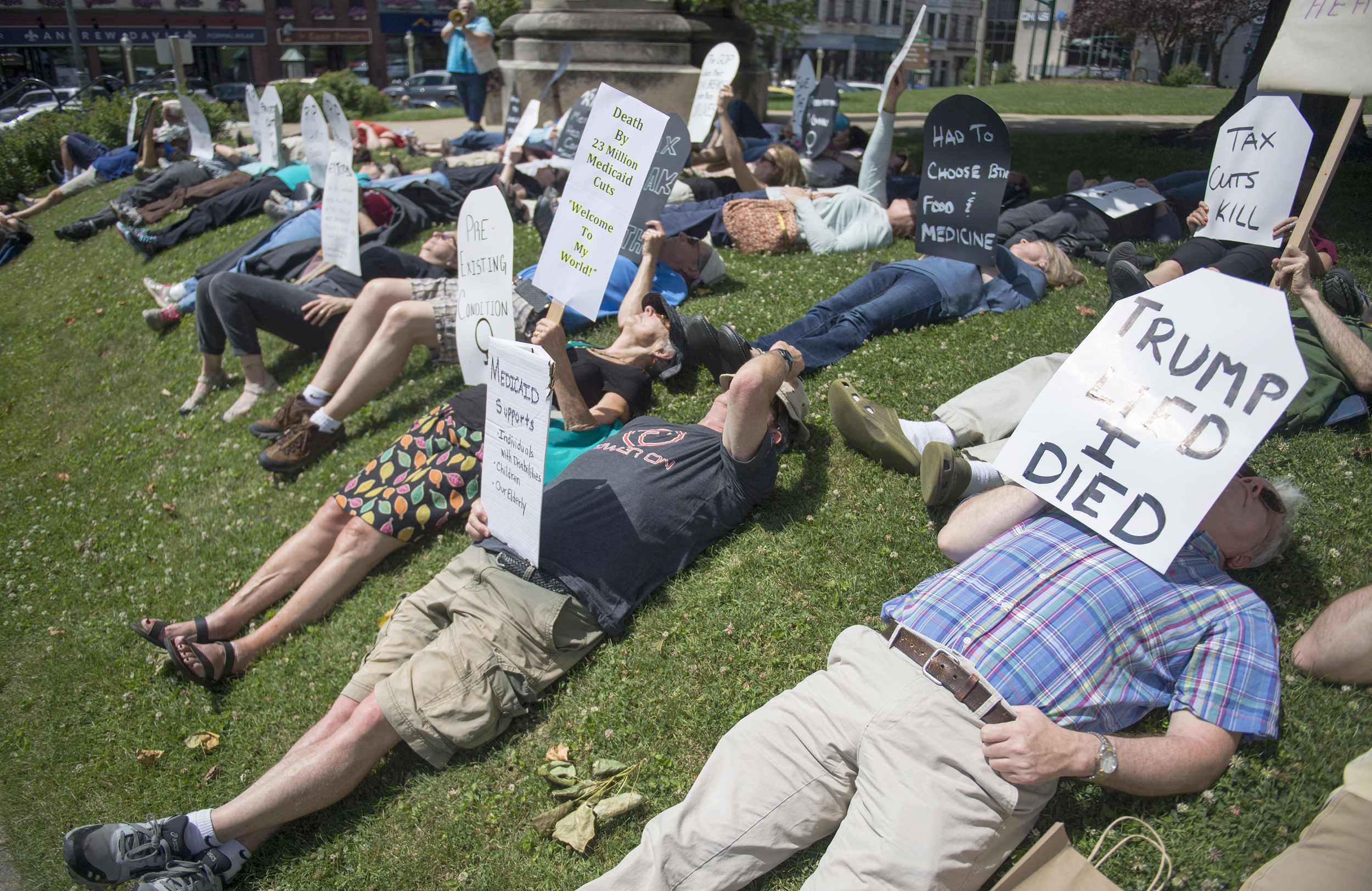 Protesters Rail Against 's Latest Obamacare Repeal Effort