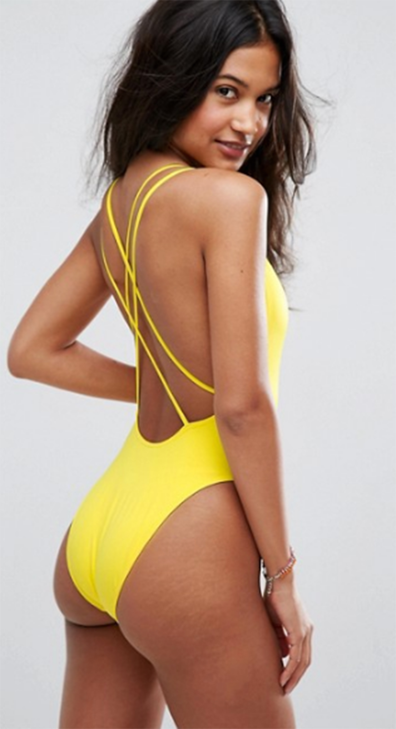Girls in bikinis with stretch marks Asos Swimsuit Ads Show Unedited Models With Stretch Marks