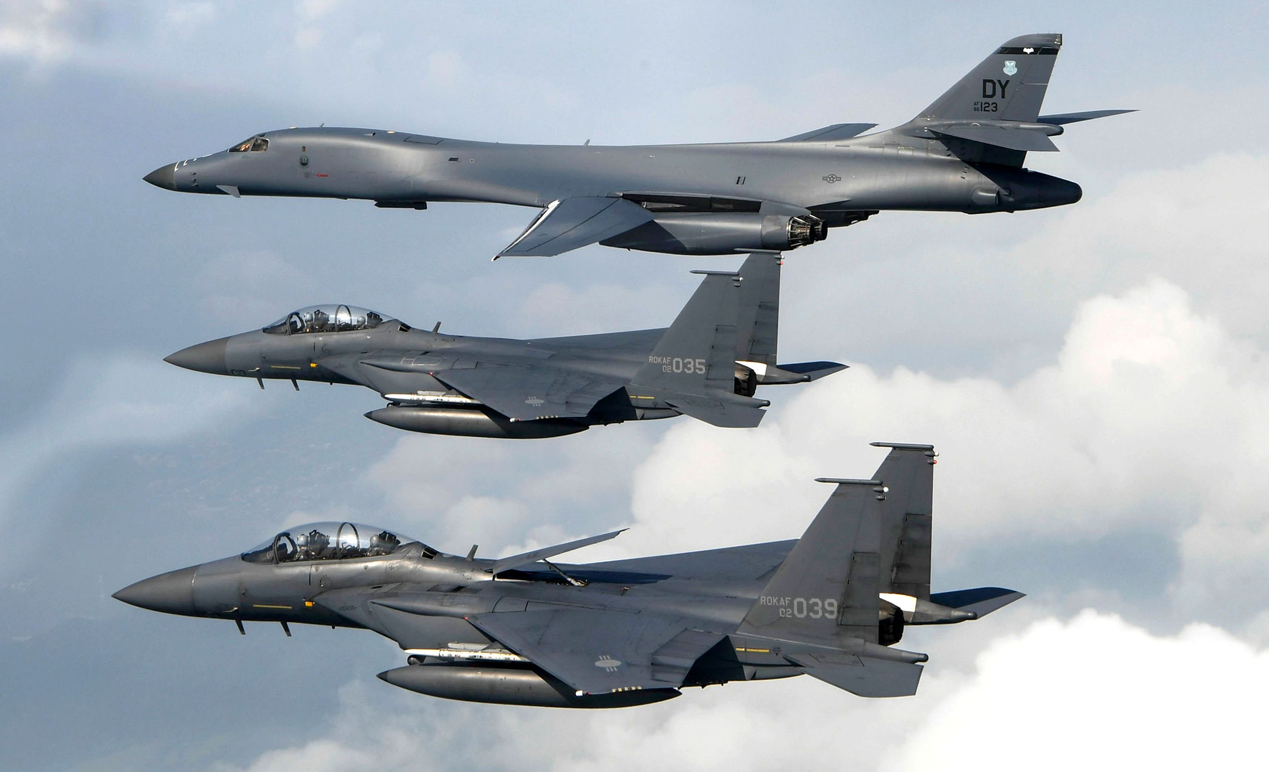 U.S. Fighter Jets Fly Near North Korea in Show of Force