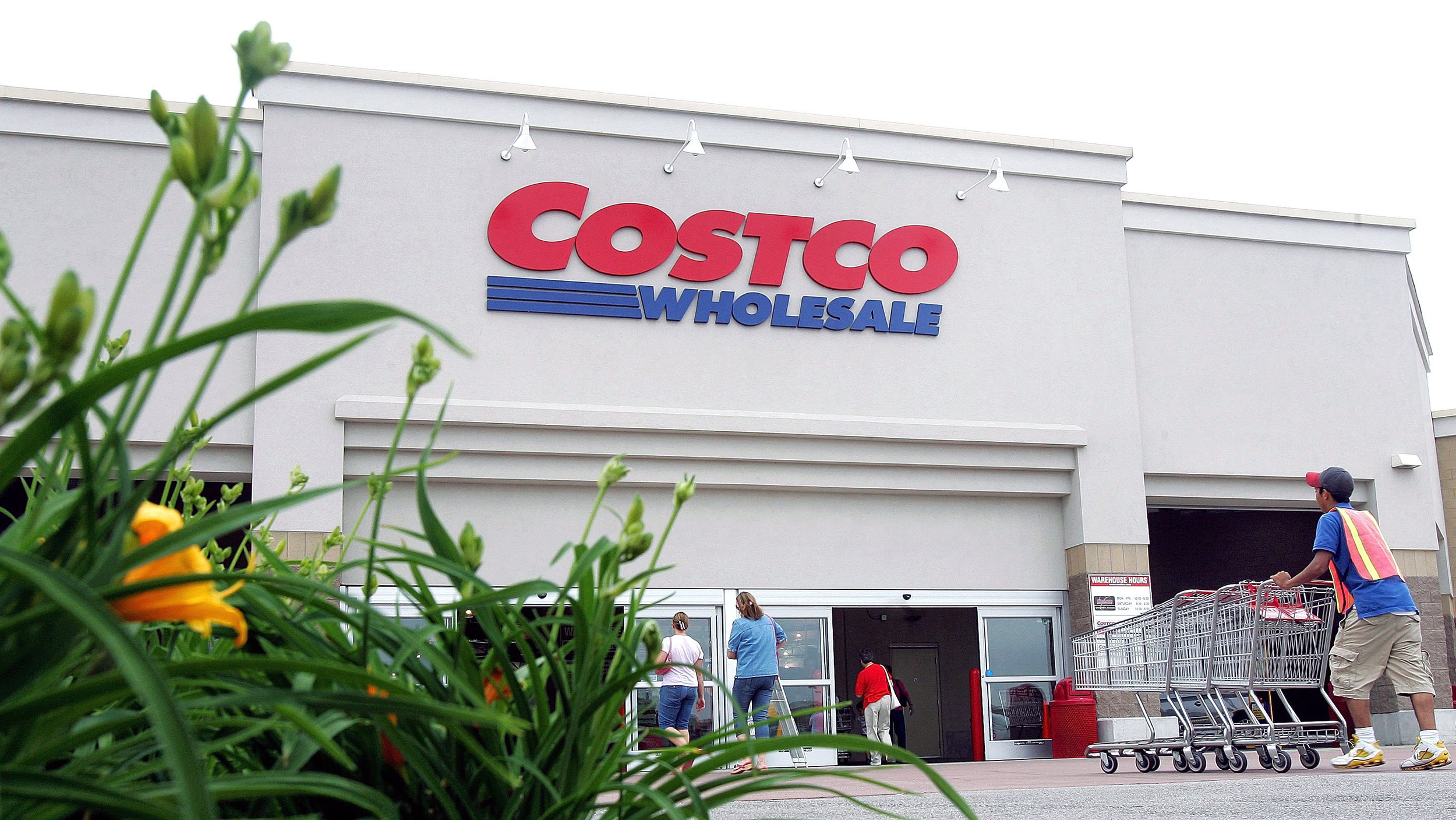 costco now offers wedding and baby registries