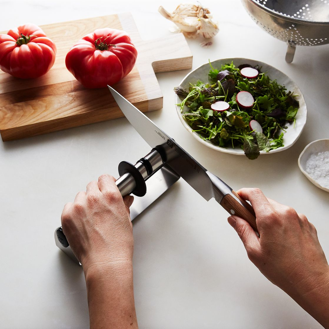 8 Best Kitchen Gadgets To Make Cooking Safer
